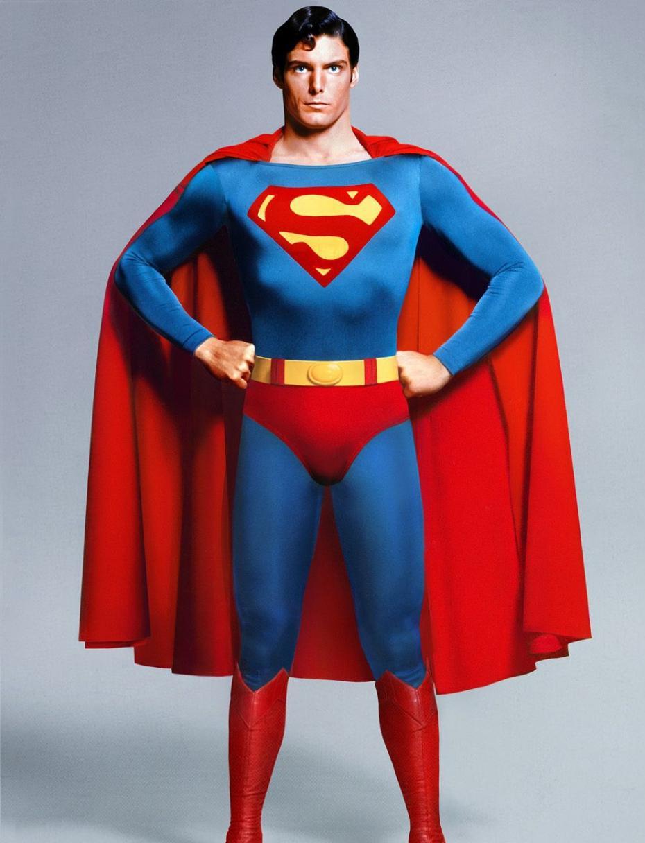 Superman Christopher Reeve premier superman en couleur 930x1216
