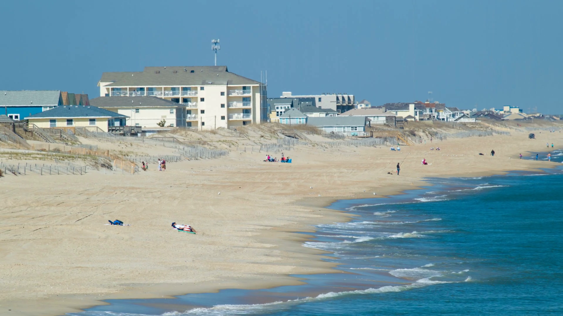 Nags Head Beach on the Outer Banks of North Carolina with 1920x1080