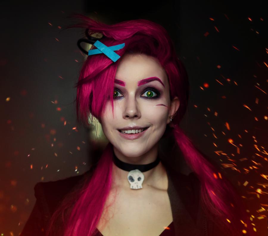 Zombie Slayer Jinx by Helen Stifler 900x793