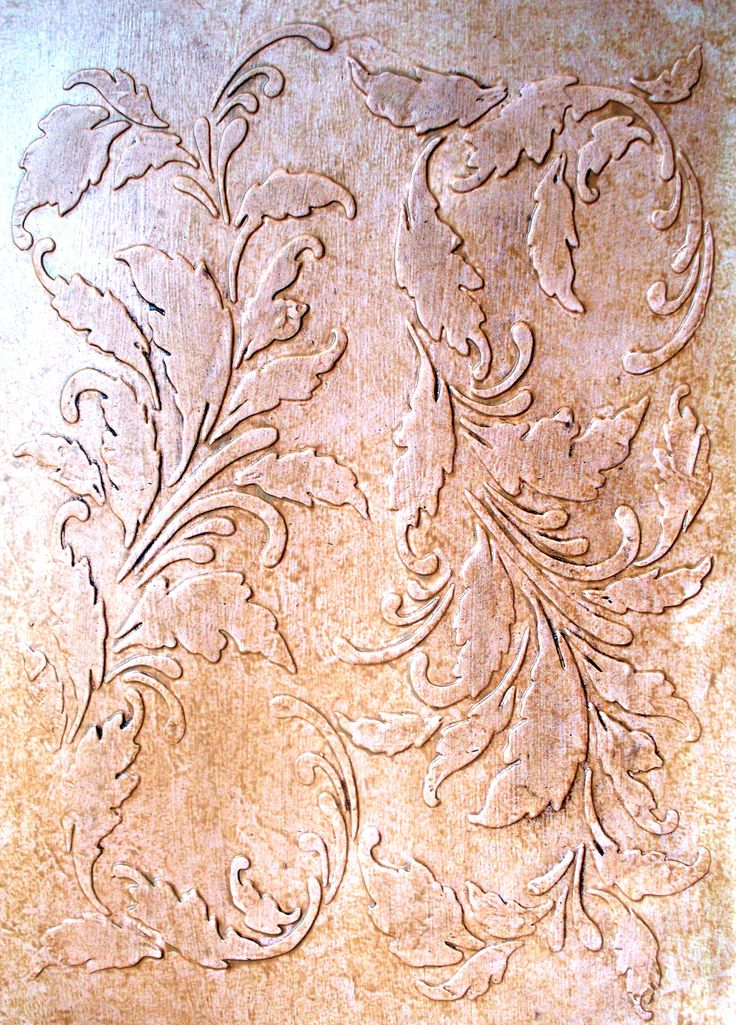 The romance of this raised plaster wallpaper stencil is unmistakable 736x1025