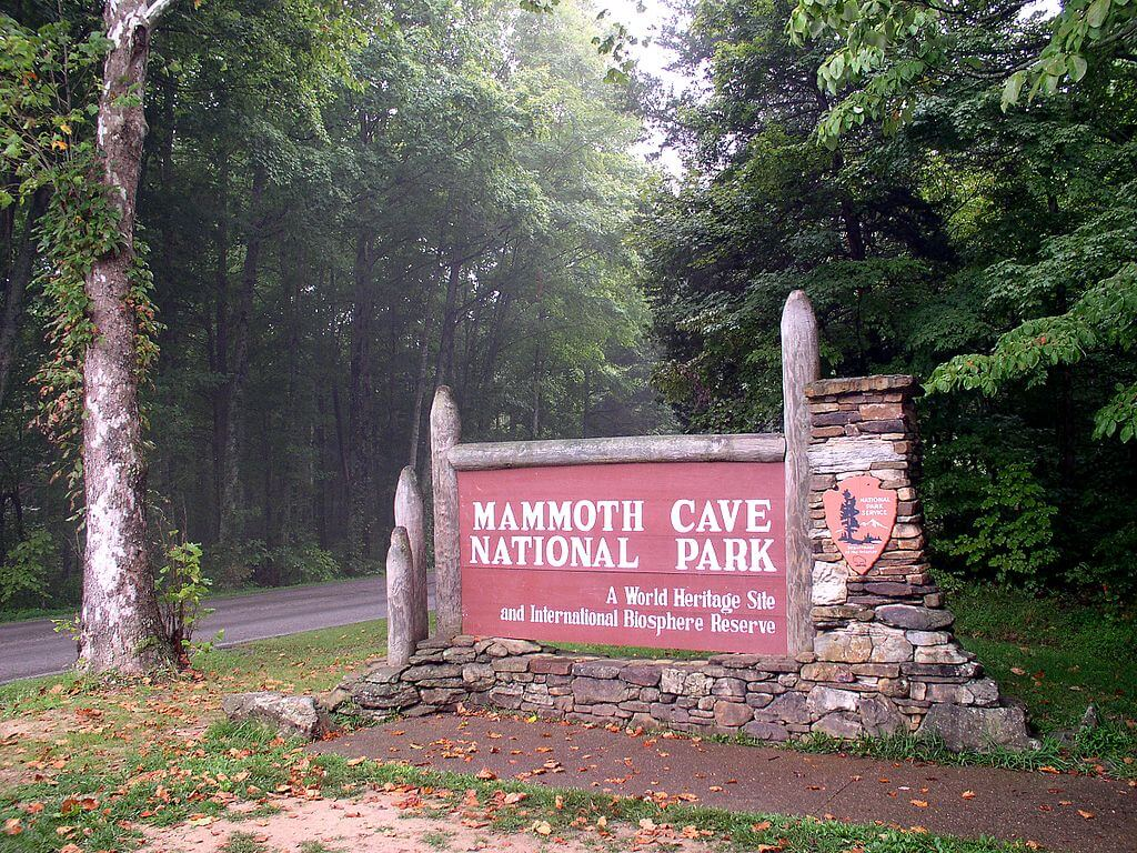 A Mammoth Cave Adventure   Exploring one of the wonders of the world 1024x768