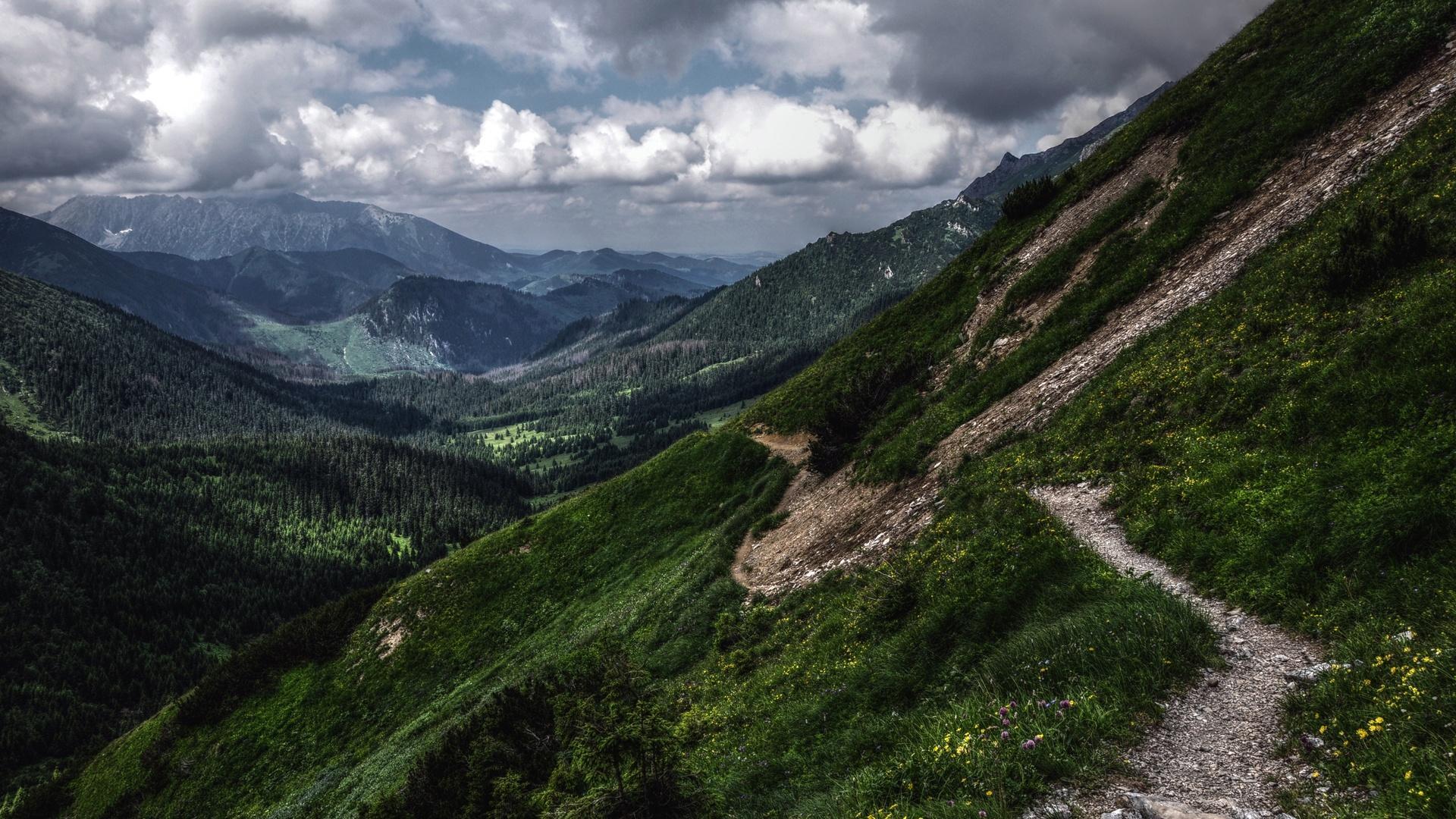 Hiking Wallpaper HD - WallpaperSafari