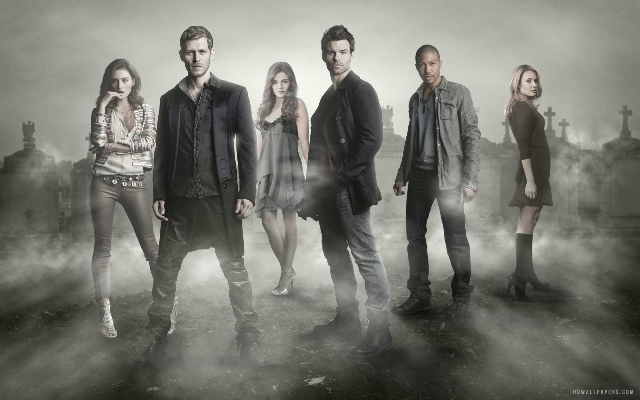 The 100 CW Wallpaper