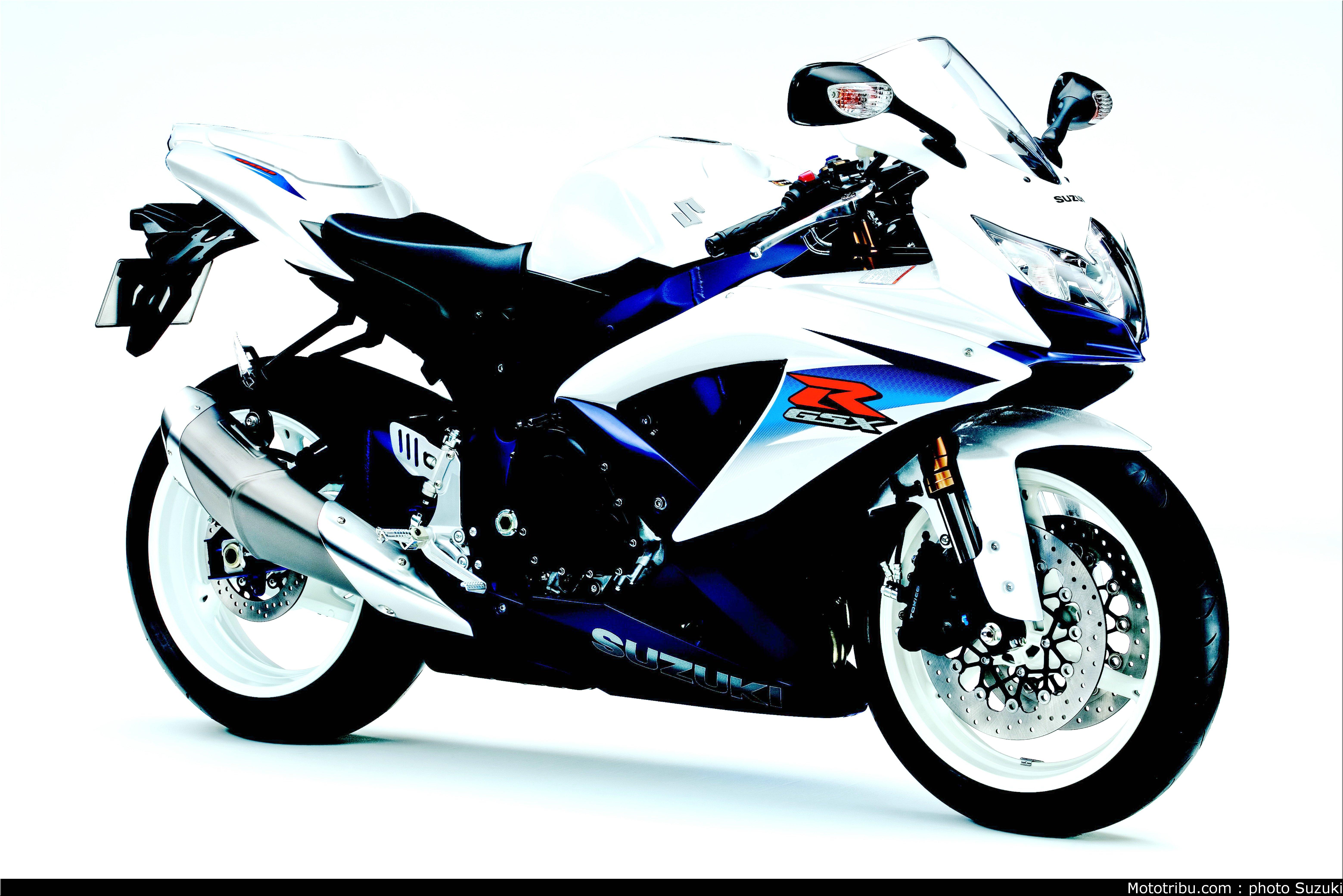 Suzuki Gsxr 600 Wallpaper 6848 Hd Wallpapers HTML code