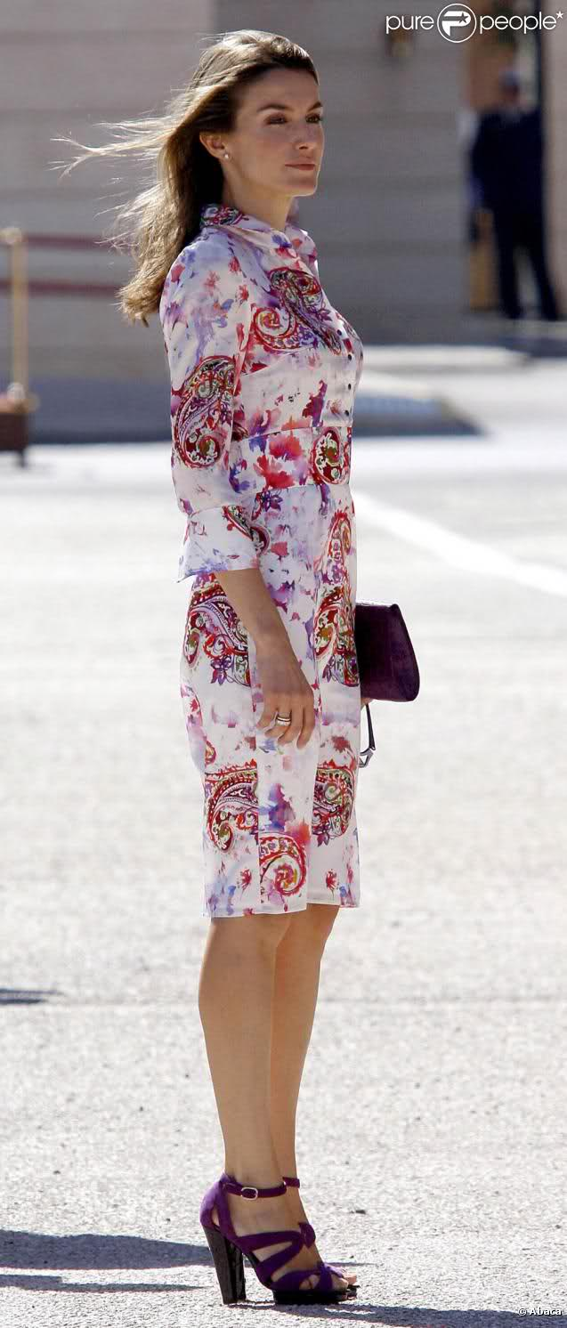 of spain queen letizia of spain photo 514270 2 vote 637x1492