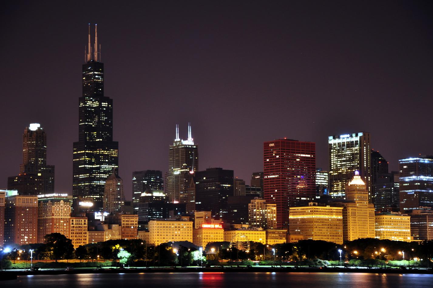 Chicago downtown by SzelpuK 1427x948