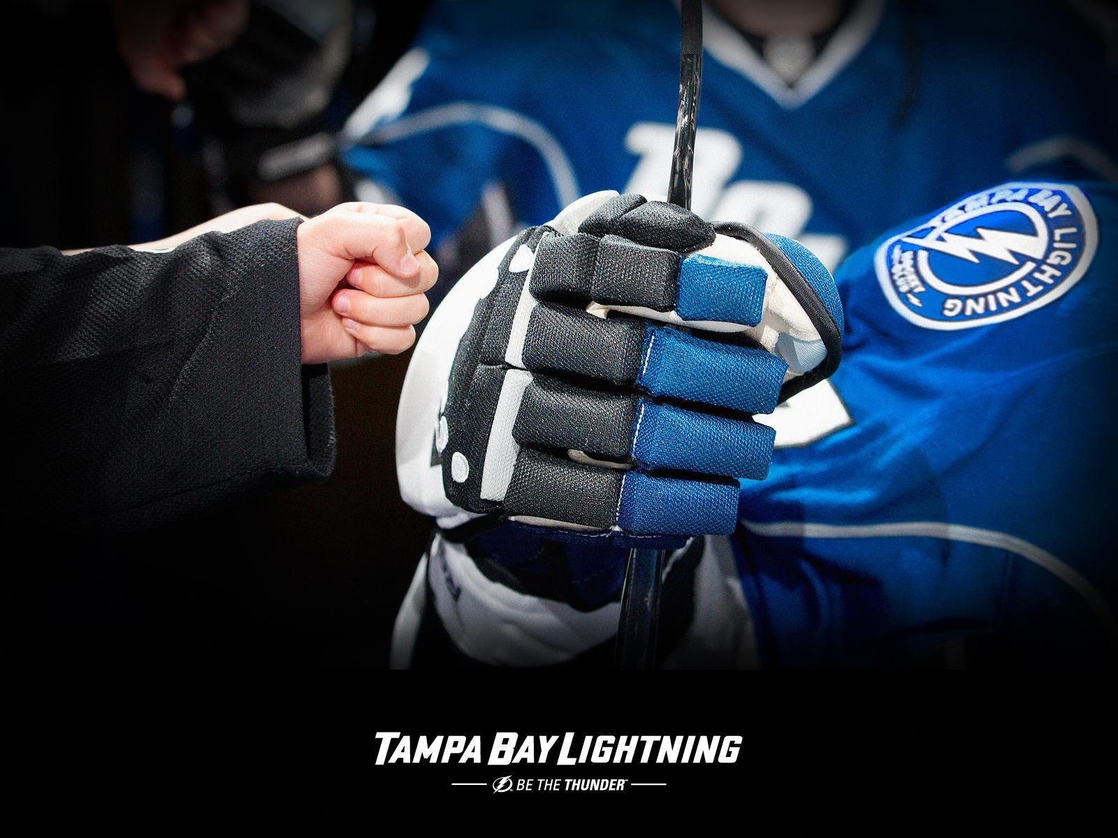 TAMPA BAY LIGHTNING nhl hockey 41 wallpaper background 1600x1200