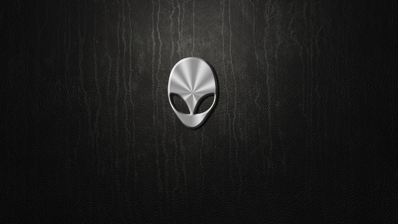 Alienware logo wallpaper 17477 1365x768