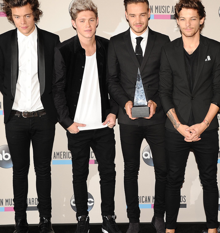 One Direction Let Fans Hit Zayn Maliks High Note   J 14 2094x2224