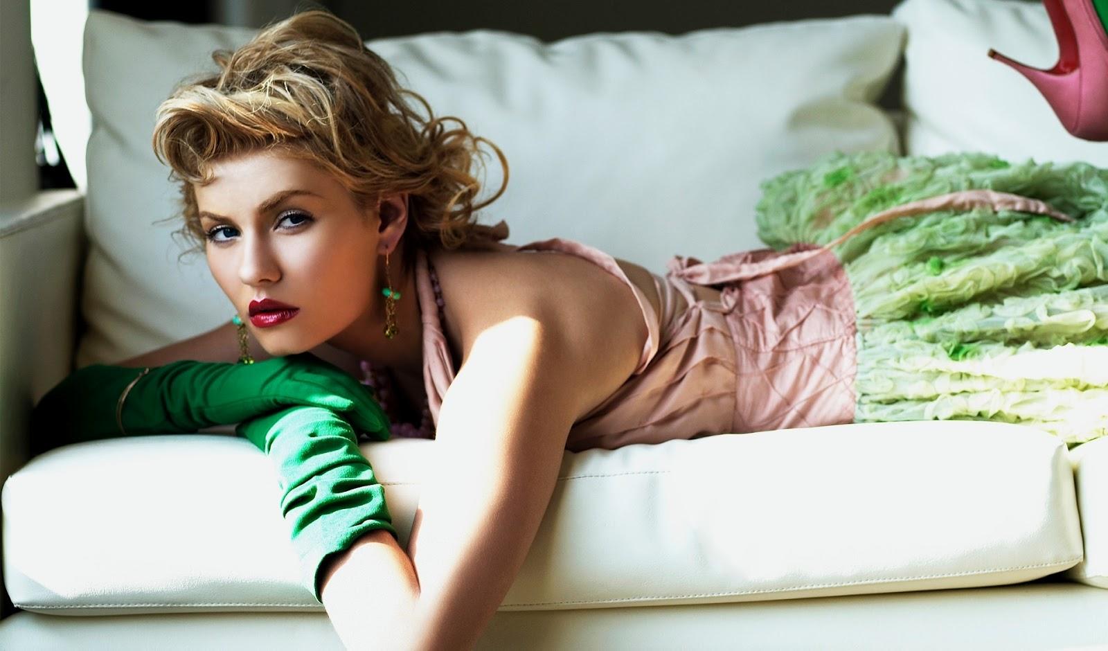 Sexy Elisha Cuthbert Full HD Wallpapers 1080p Top Pix 1600x940