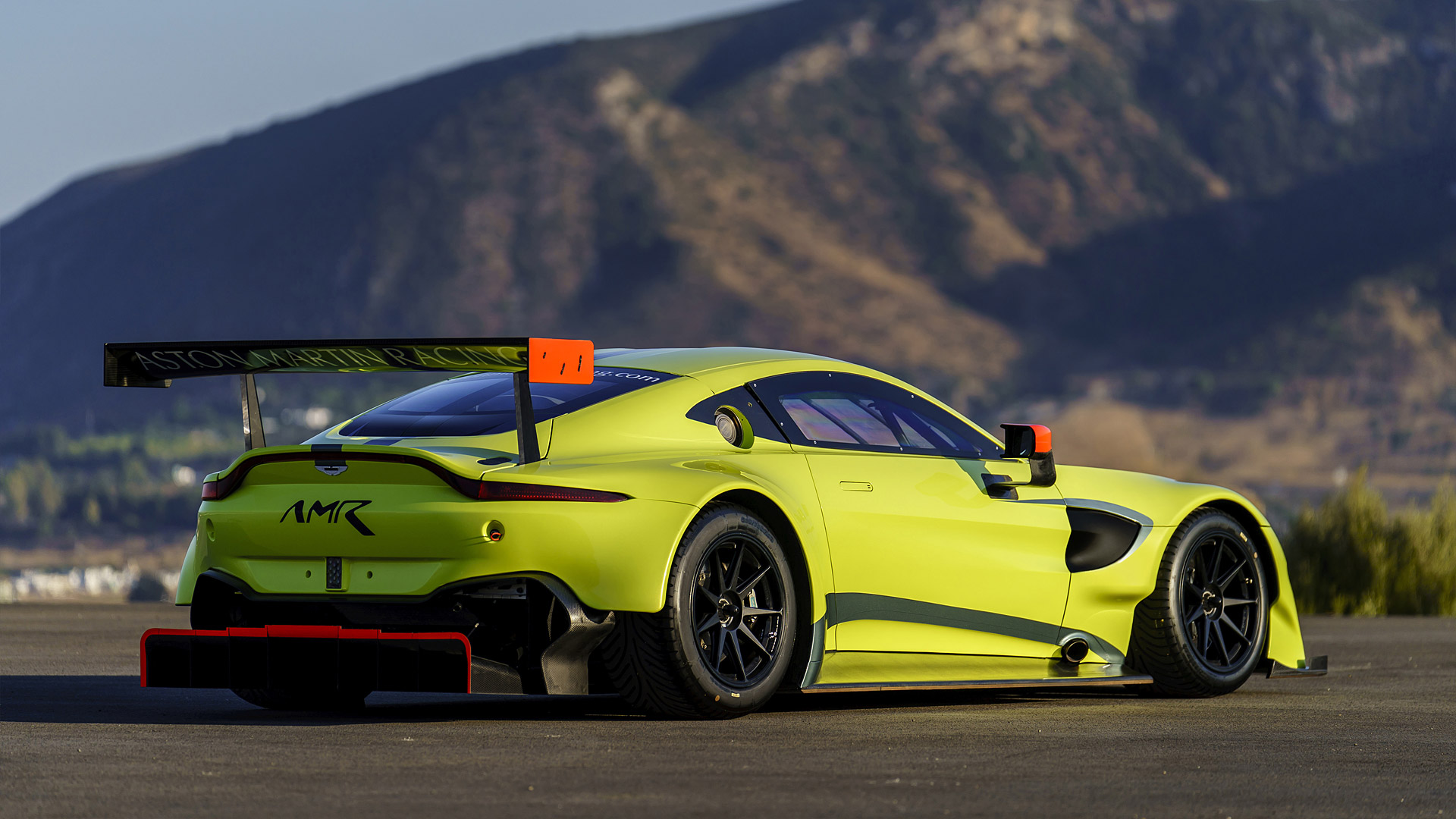2018 Aston Martin Vantage GTE Wallpapers HD Images   WSupercars 1920x1080