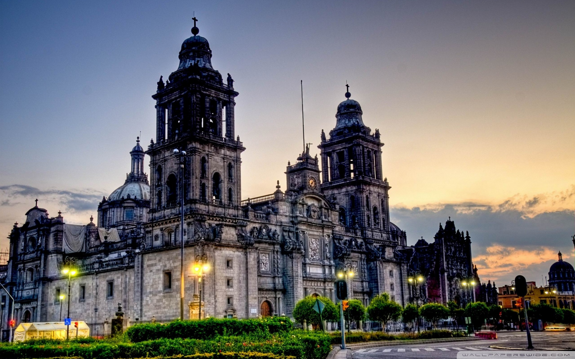 Mexico City Cathedral 4K HD Desktop Wallpaper for 4K Ultra HD 1920x1200
