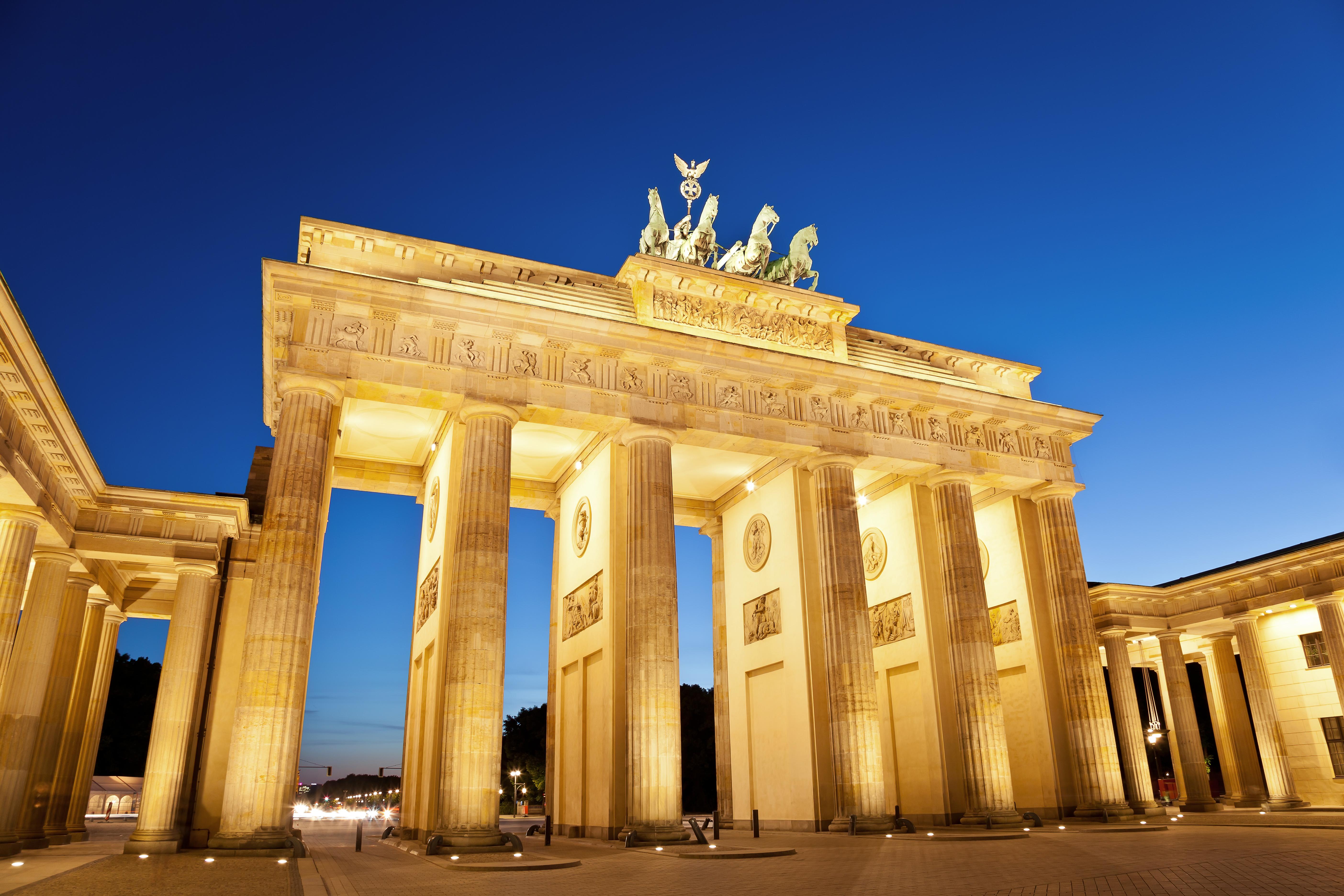 Brandenburg Gate 5k Retina Ultra HD Wallpaper Background Image 5616x3744
