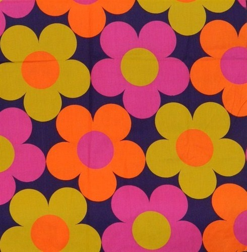 1960s 1970s huge flowers fabricArt Pattern Colors Pattern Vintage 490x500