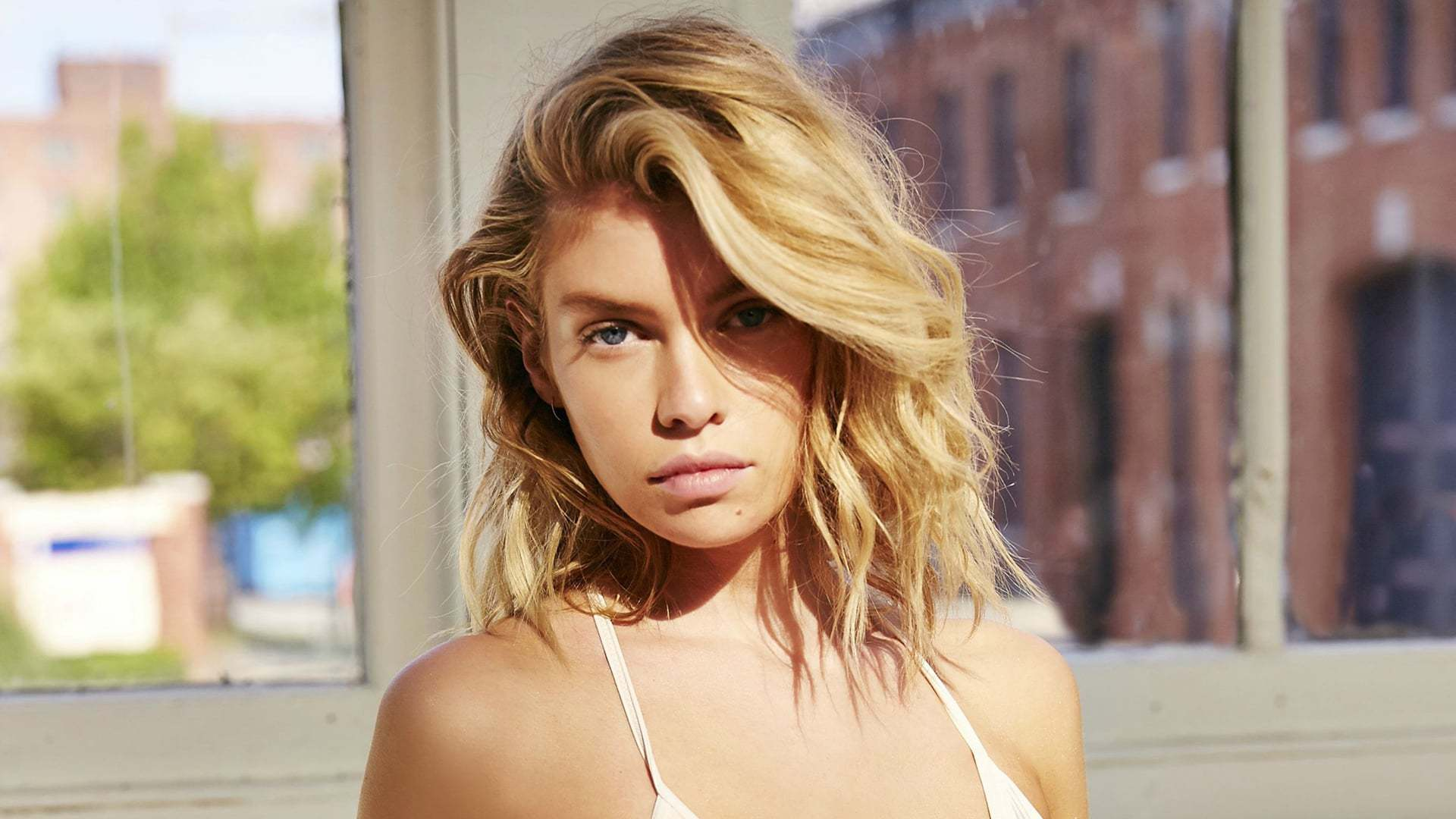 Stella Maxwell Wallpapers Images Photos Pictures Backgrounds 1920x1080