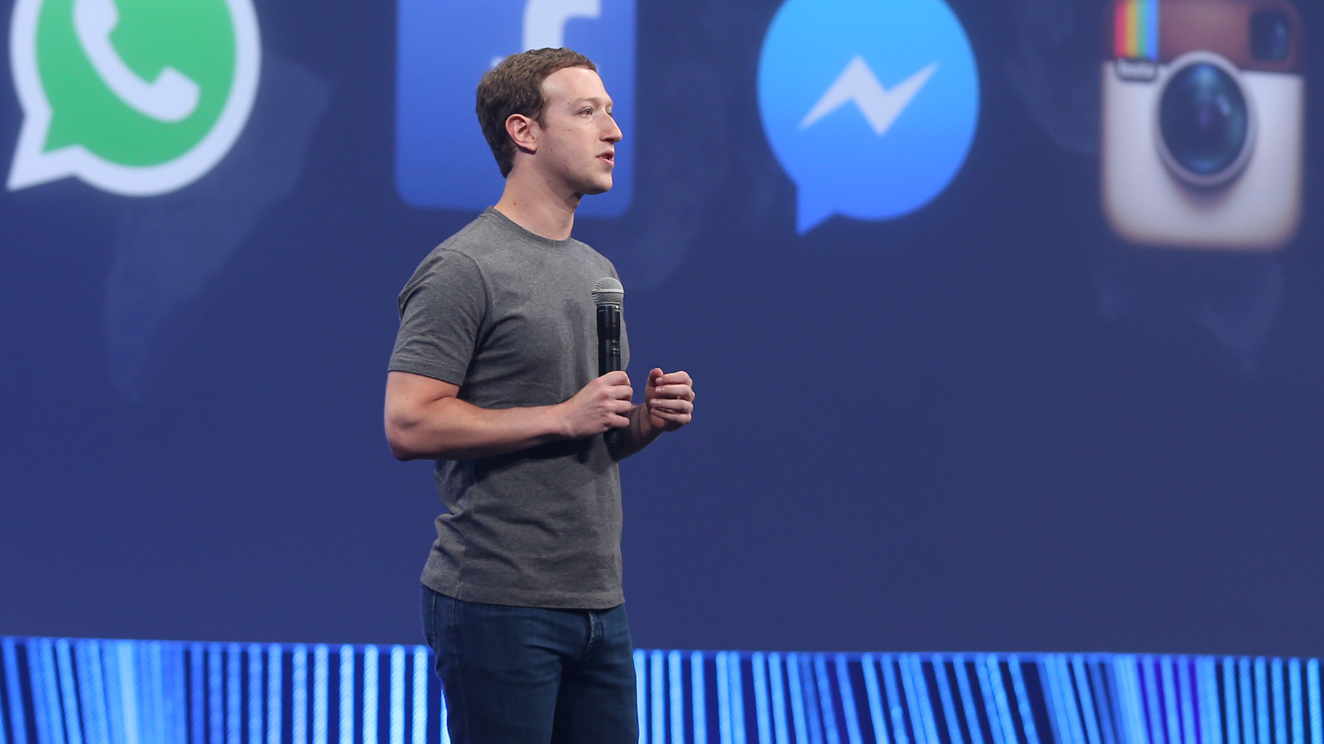 NYTimes Report Facebook plans to integrate WhatsApp Instagram 1920x1080
