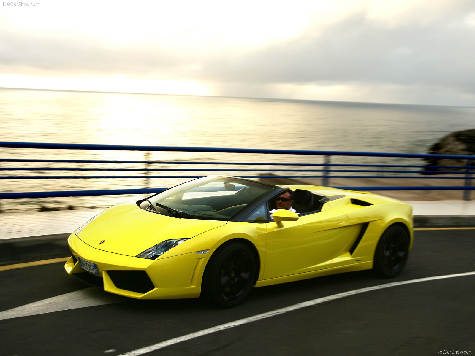 lamborghini gallardo lp560 4 wallpapers is a hi res wallpaper - Yellow Lamborghini Gallardo Spyder Wallpaper