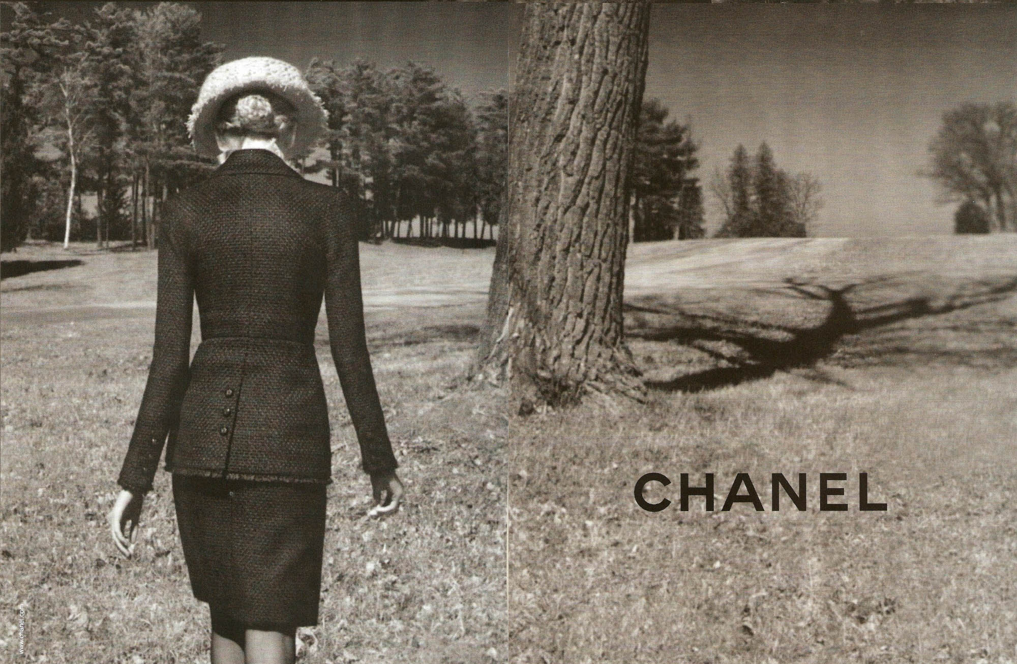Chanel Wallpaper 2000x1307