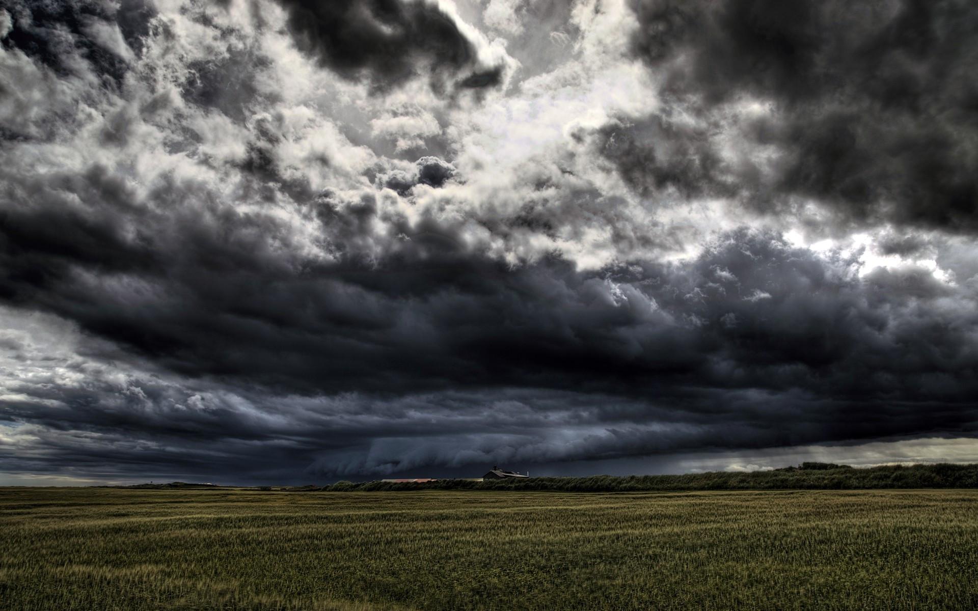 Storm Clouds Wallpapers: Stormy Skies Wallpaper