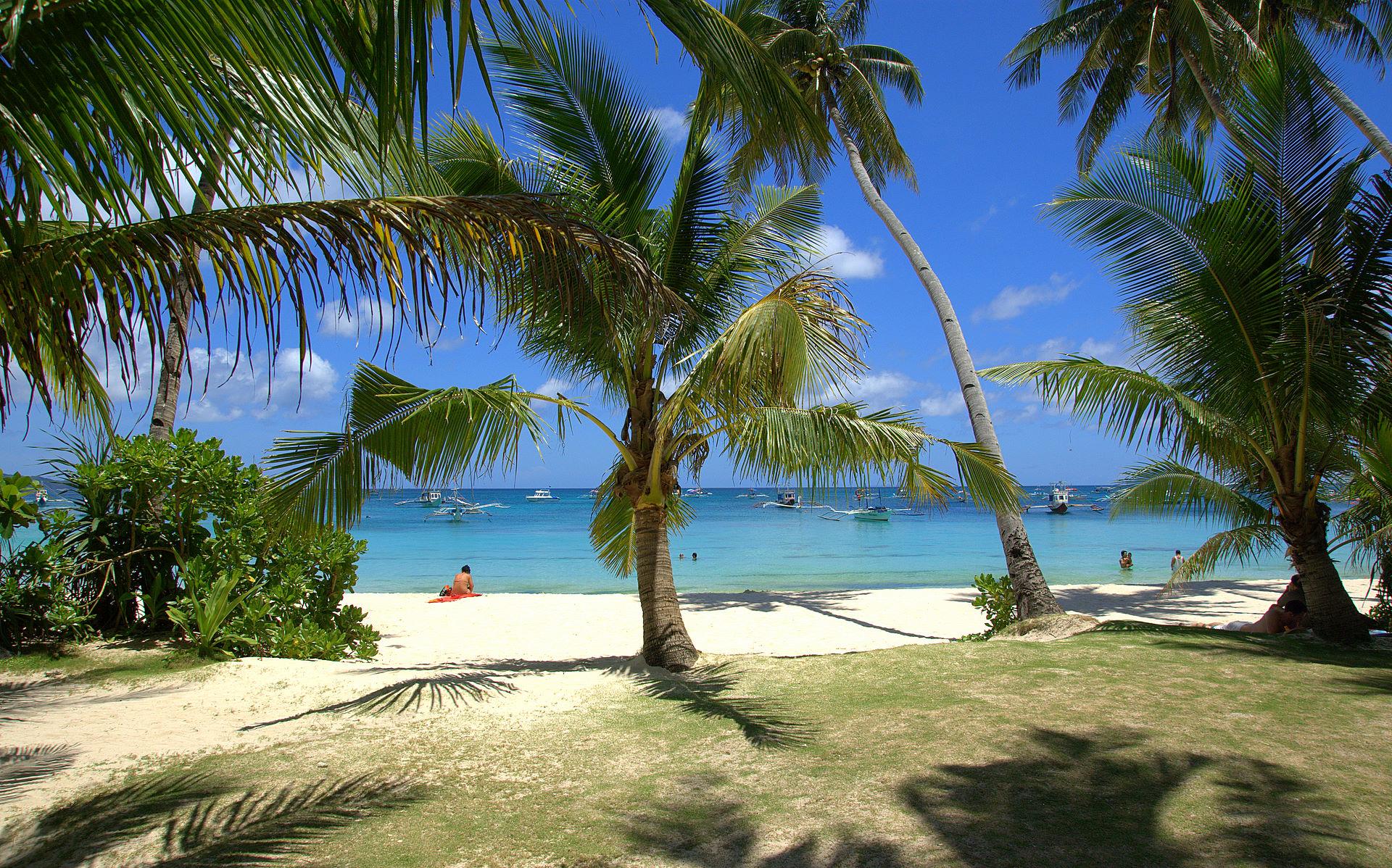 Beautiful Tropical Islands Desktop Wallpaper 1920x1198