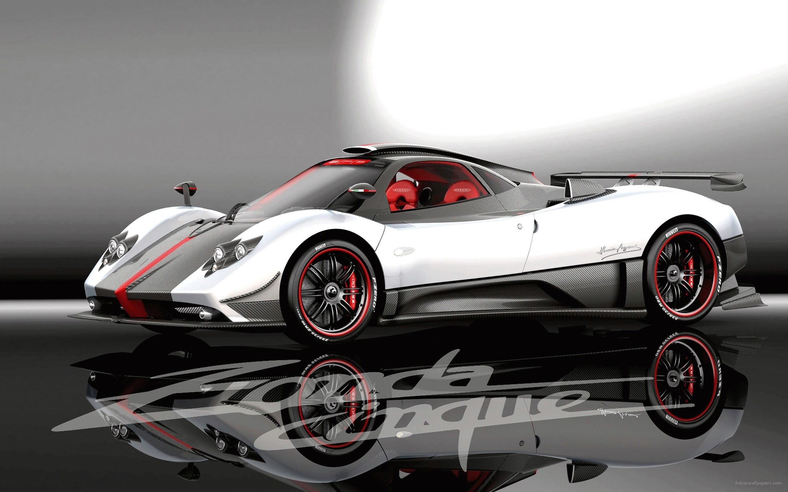 Pagani Zonda Cinque Super Fast Car in 2560x1600 Resolution 2560x1600