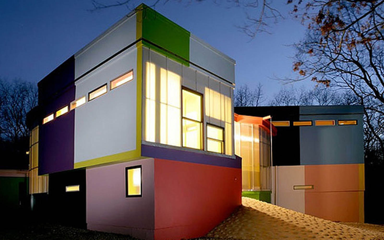 Colorful Modern House Pictures 1600x1000