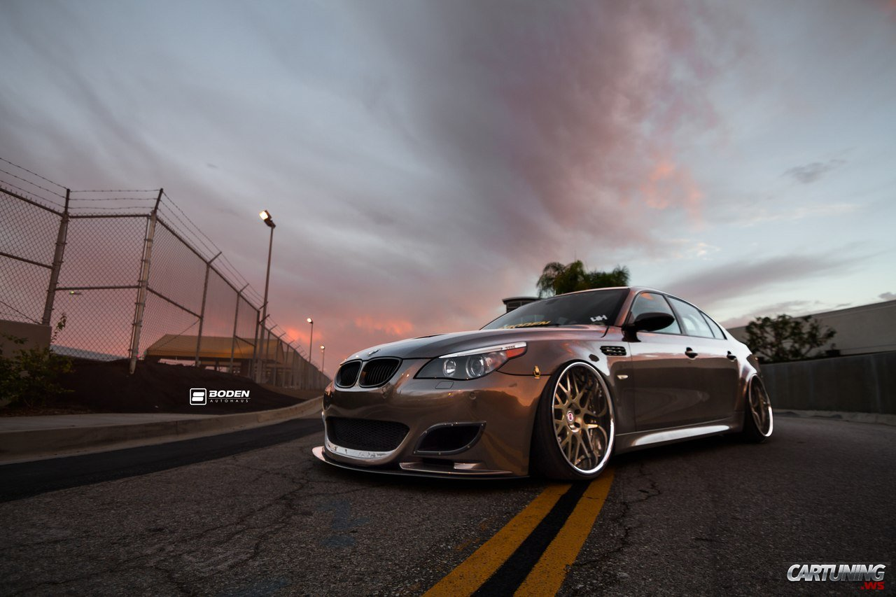 Tuning BMW M5 E60 side 1280x853