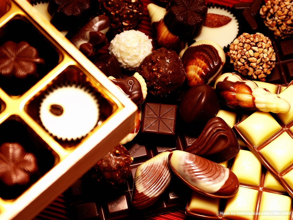 Valentine Chocolates Gifts   Valentines Day wallpapers 1024x768