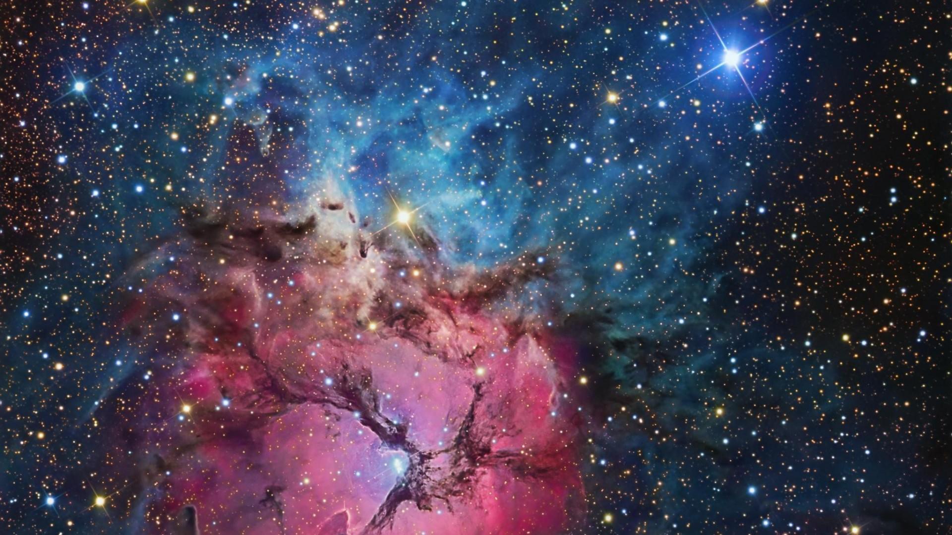 Wallpapers For > Hubble Nebula Wallpaper