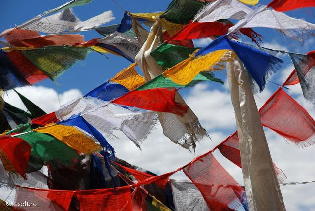 Tibetan Buddhist Wallpapers Tibetan Buddhist Prayer flags 640x428