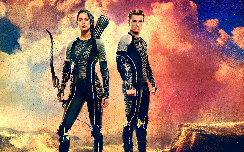 Catching Fire   Peeta Mellark and Katniss Everdeen Wallpaper 2880x1800