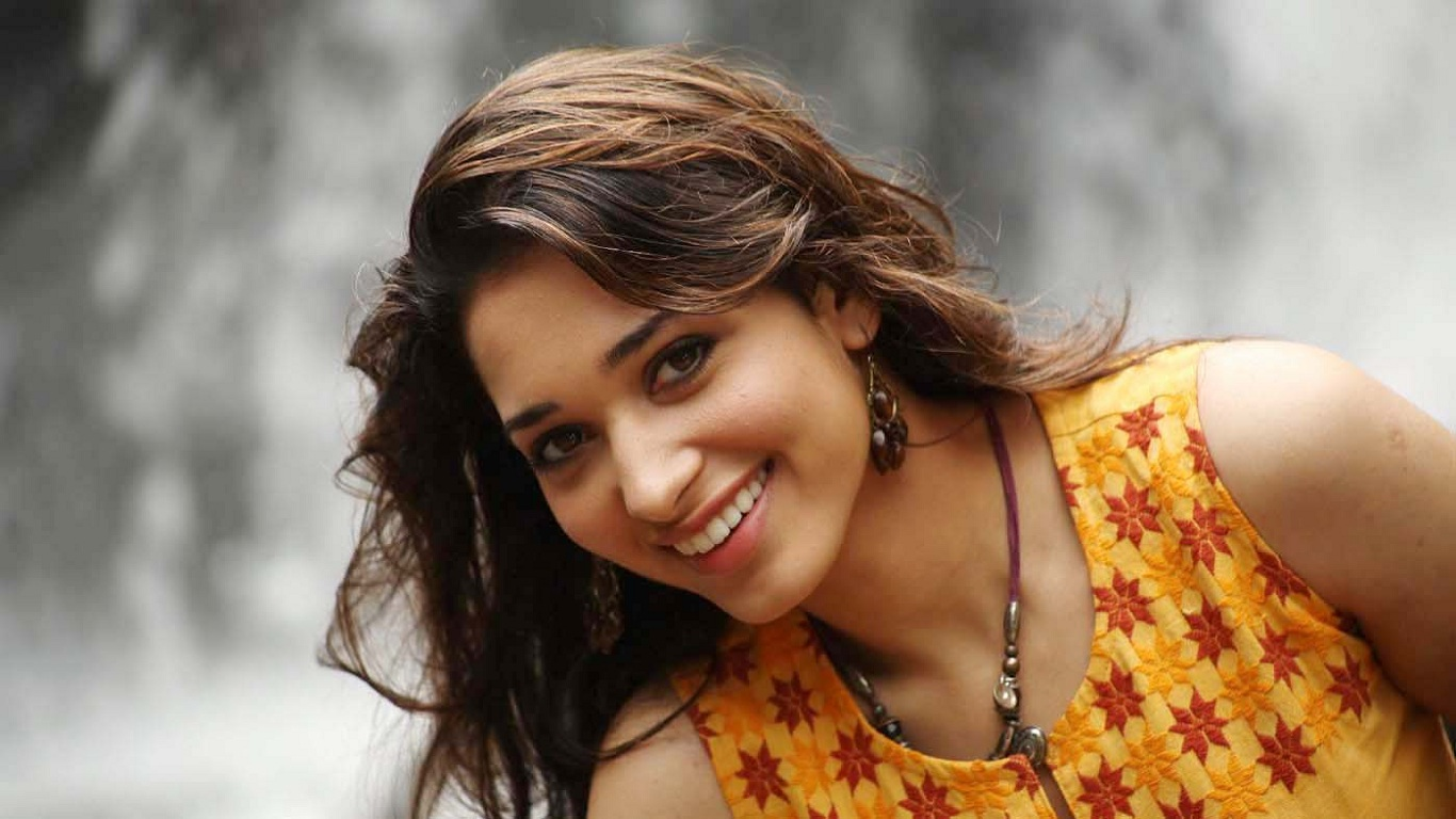 download tamanaah bhatia (tamanna) hd wallpaper | techpandey - a
