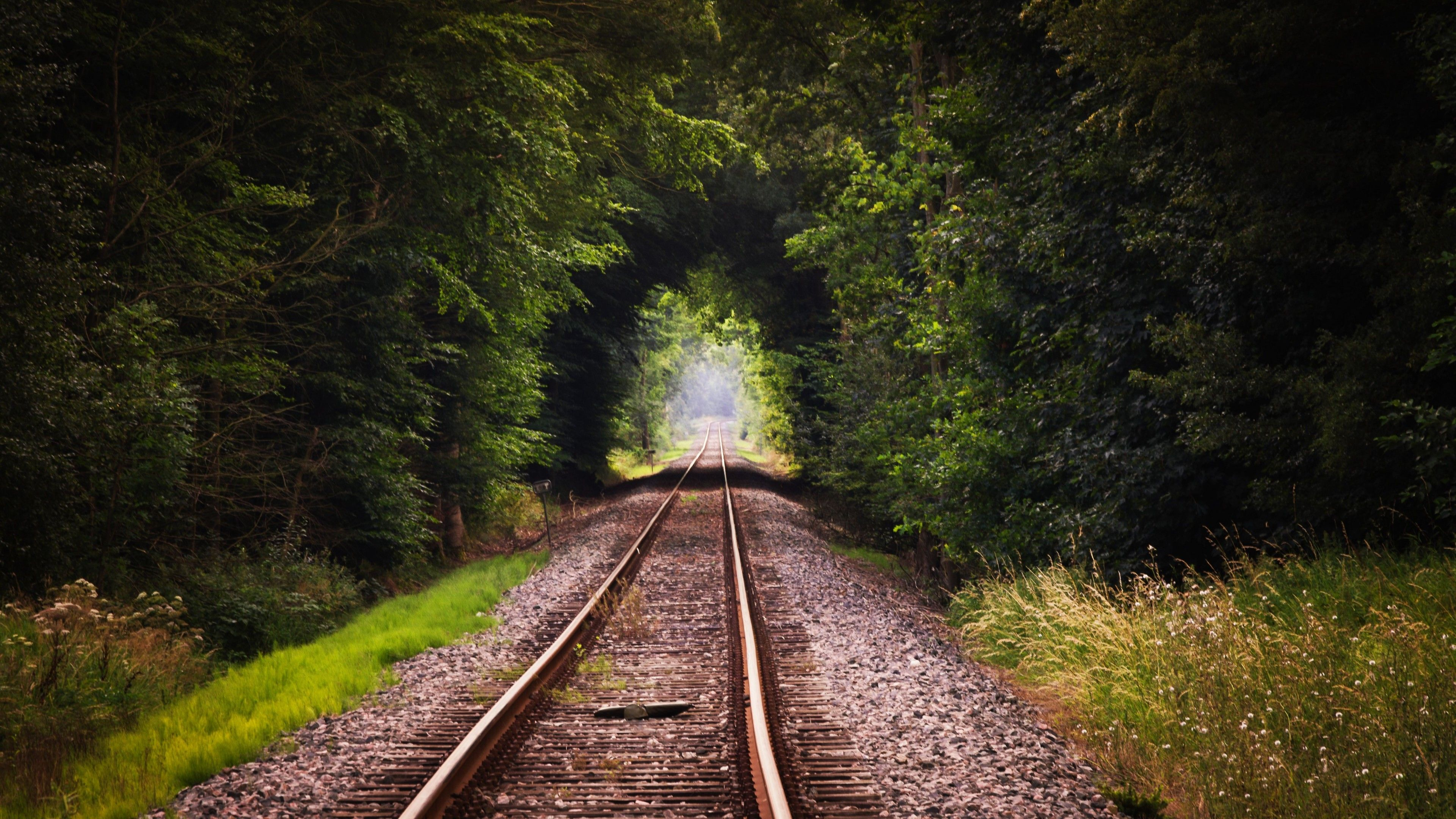 Train Tracks 4K Mobile Wallpapers   Top Train Tracks 4K 3840x2160