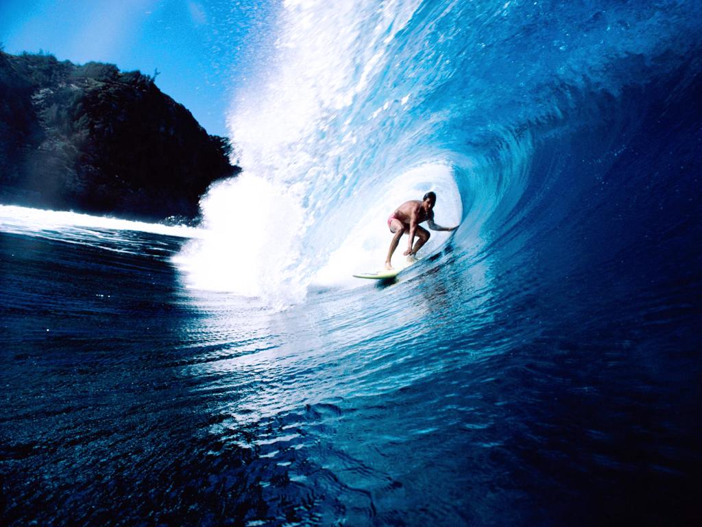 Gambar Gambar Berselancar Surfing di Lautan 1024x768