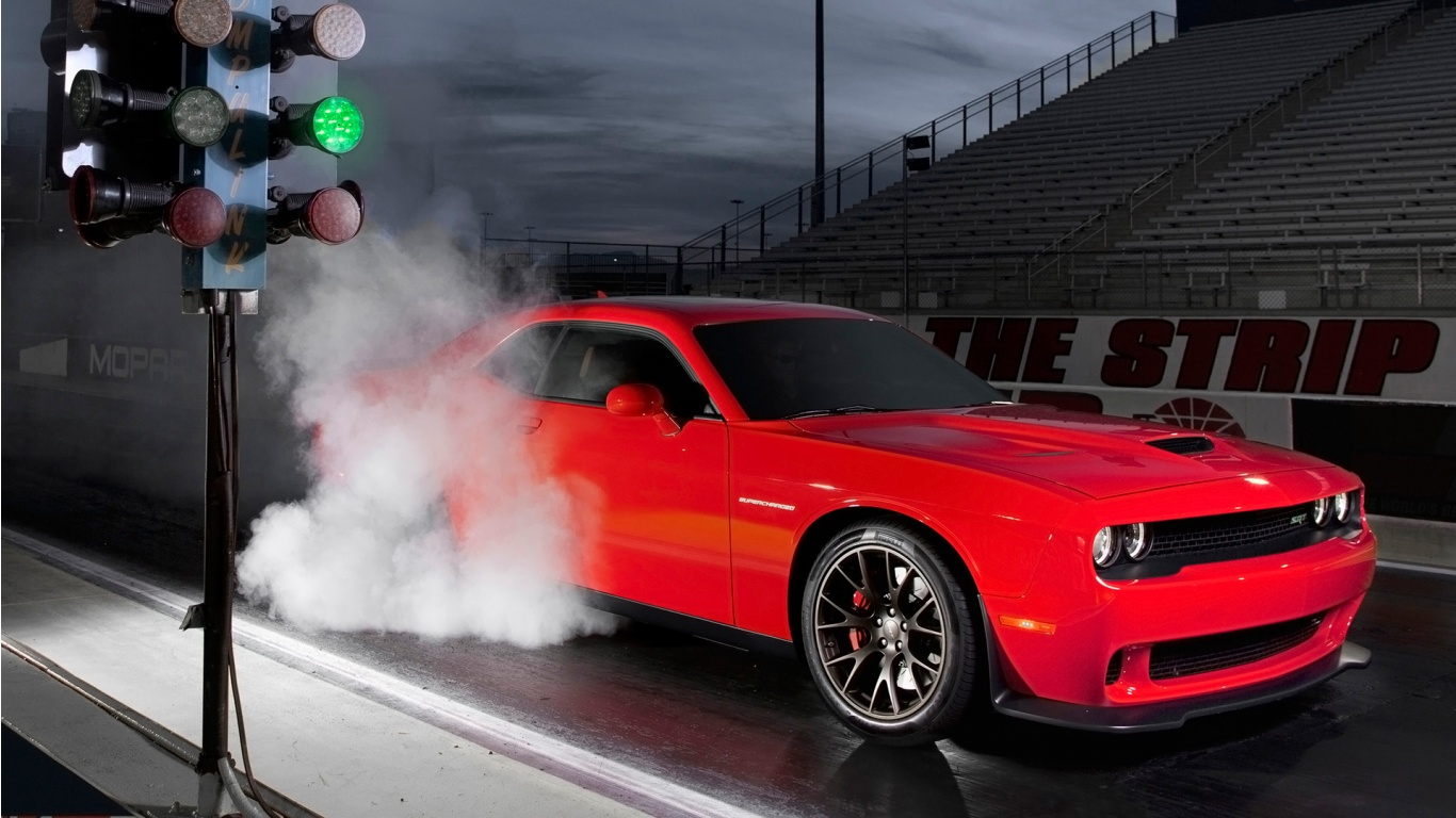 2015 Dodge Challenger SRT Burnout Wallpaper HD Car Wallpapers 1366x768