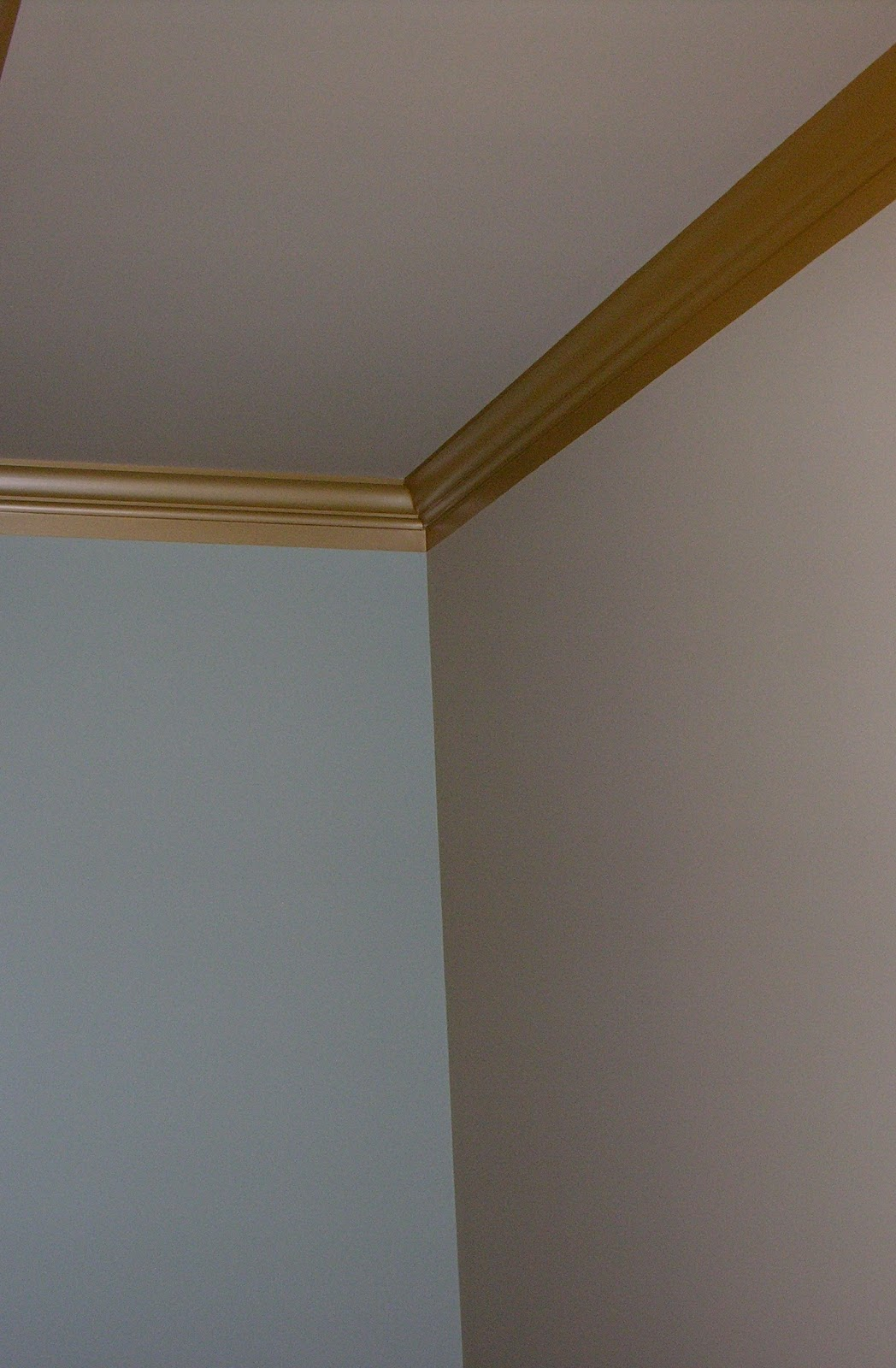 crown enhanced with paint create the illusion of larger trim with 1048x1600