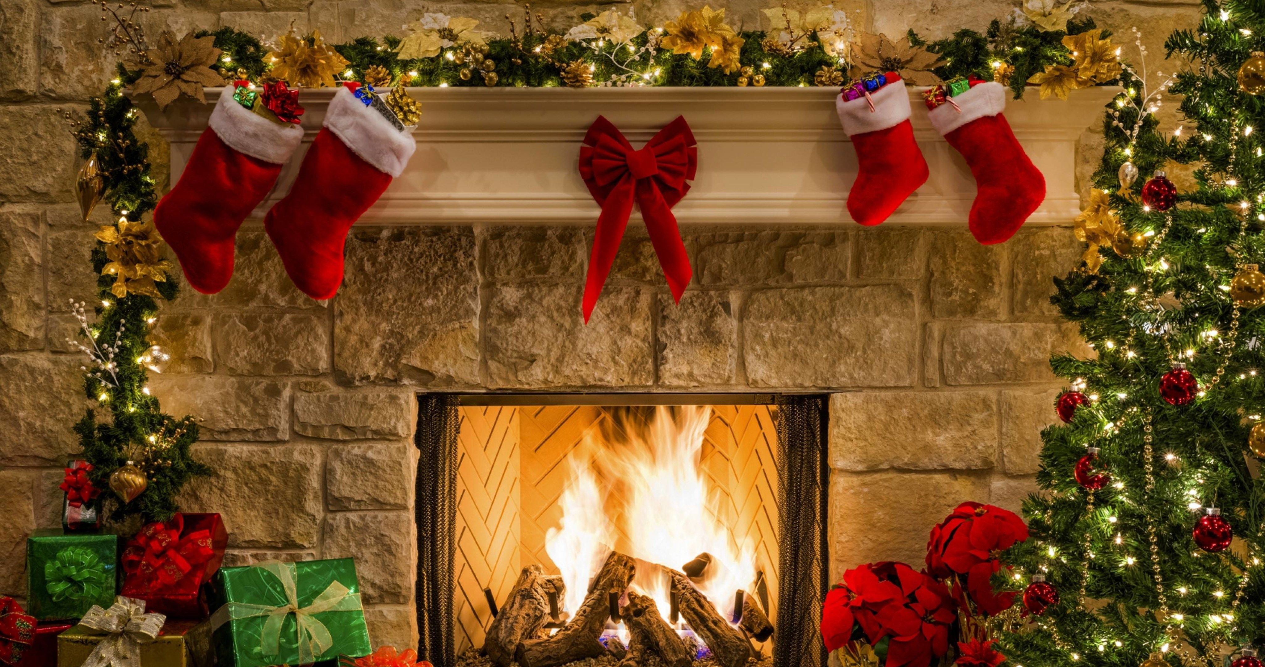 Christmas fireplace wallpaper clipart images gallery for 4096x2160