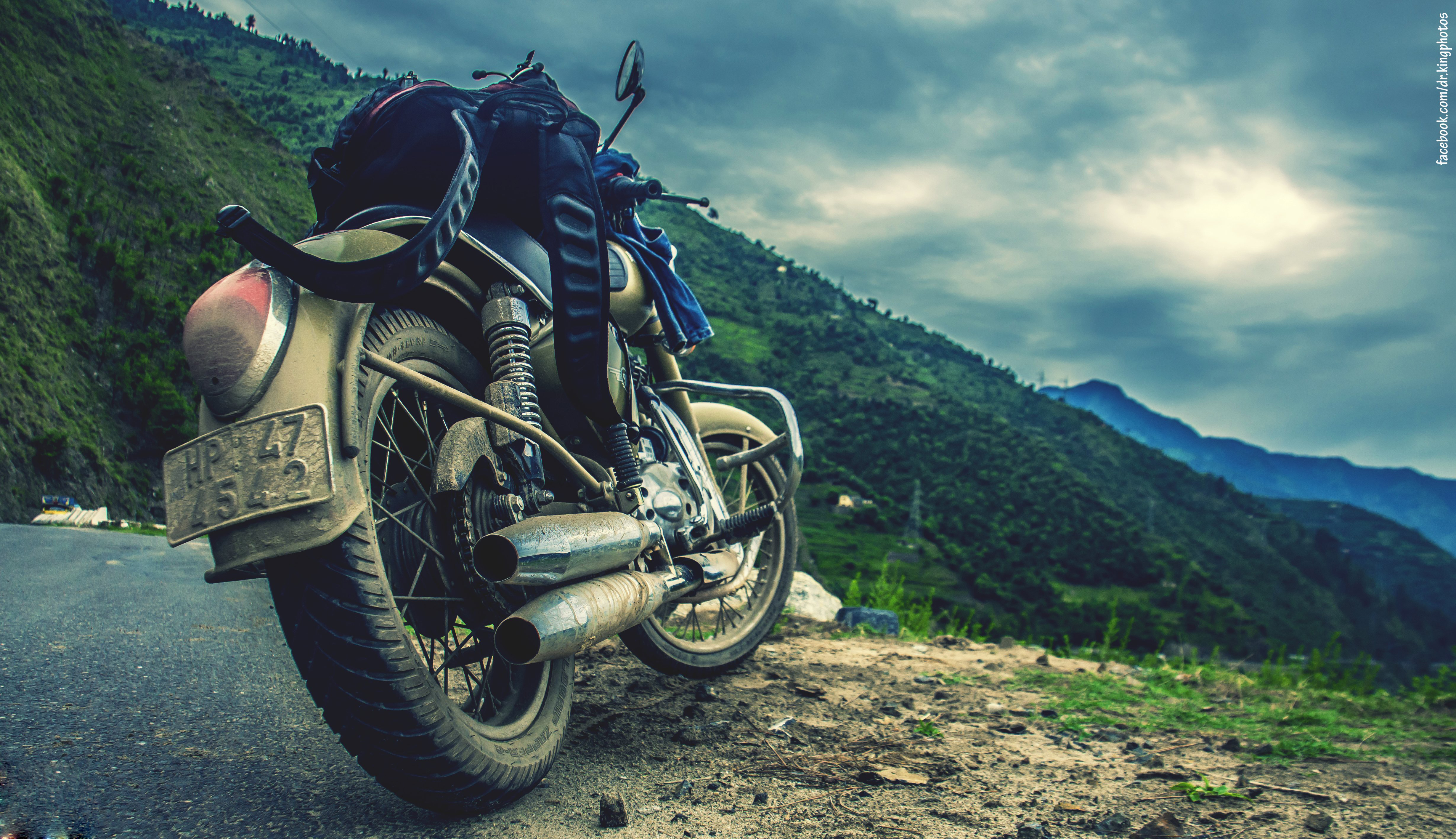 download Motorcycle Backgrounds [4917x2832] for your Desktop 4917x2832