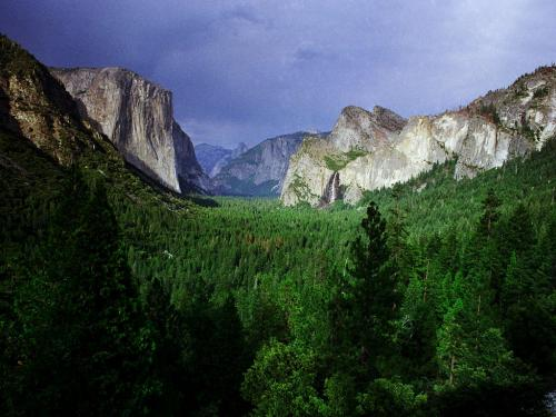 Yosemite Valley Wallpaper 500x375