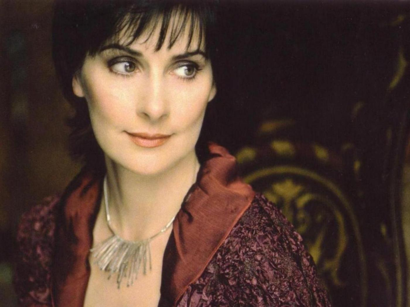 ENYA 1400x1050 Wallpapers 1400x1050 Wallpapers Pictures 1400x1050