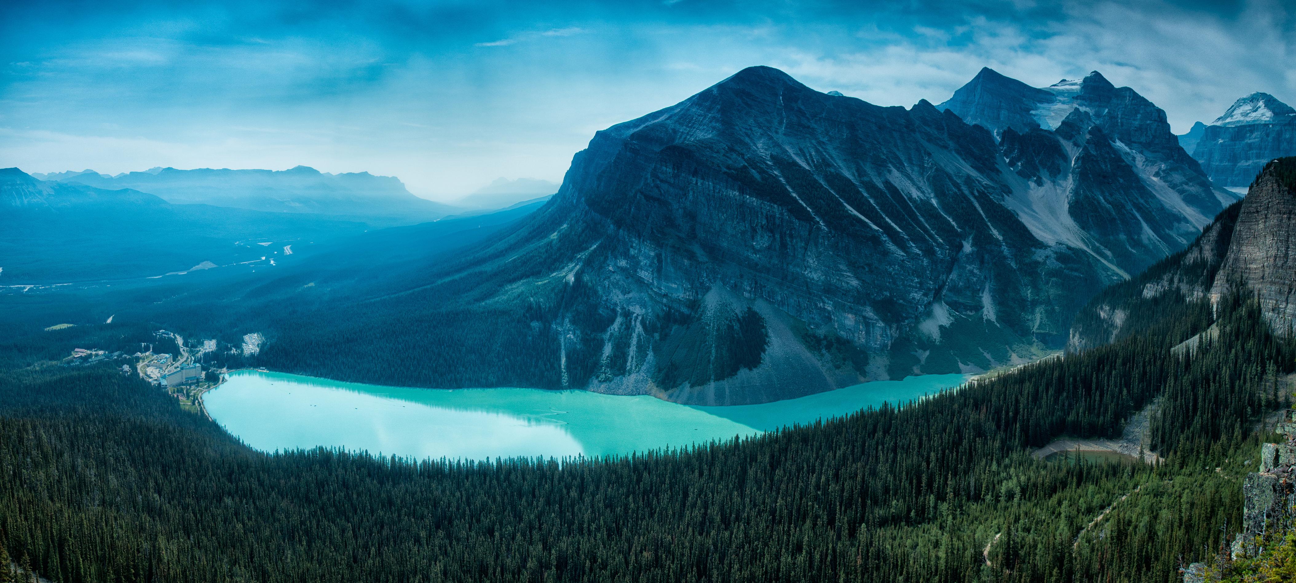 129507 4K Canadian Rockies Canada Lake Louise Banff 4216x1897