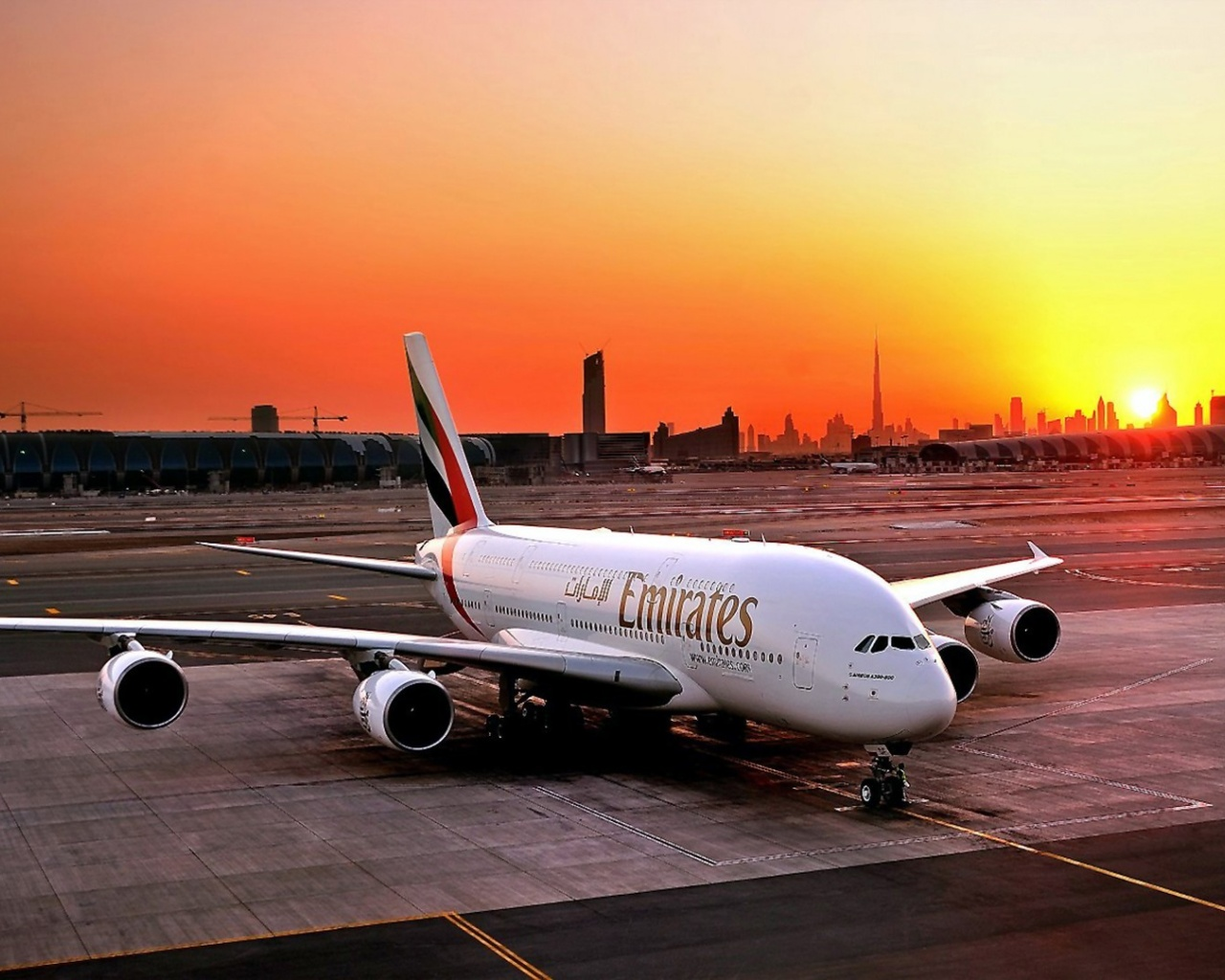 1280x1024 Fly Emirates Airbus A380 800 desktop PC and Mac 1280x1024