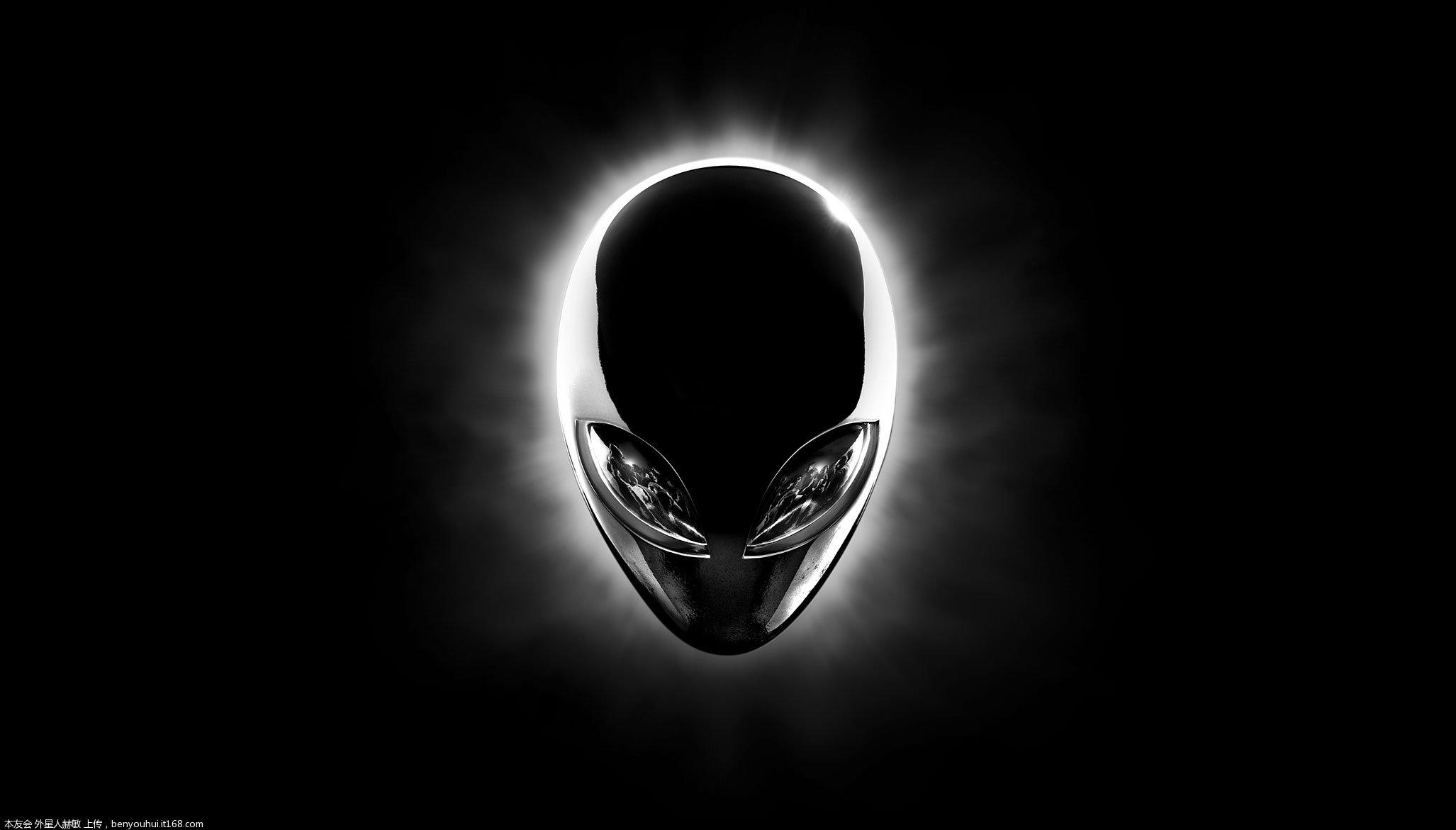 Alienware 14 R1 2054x1171