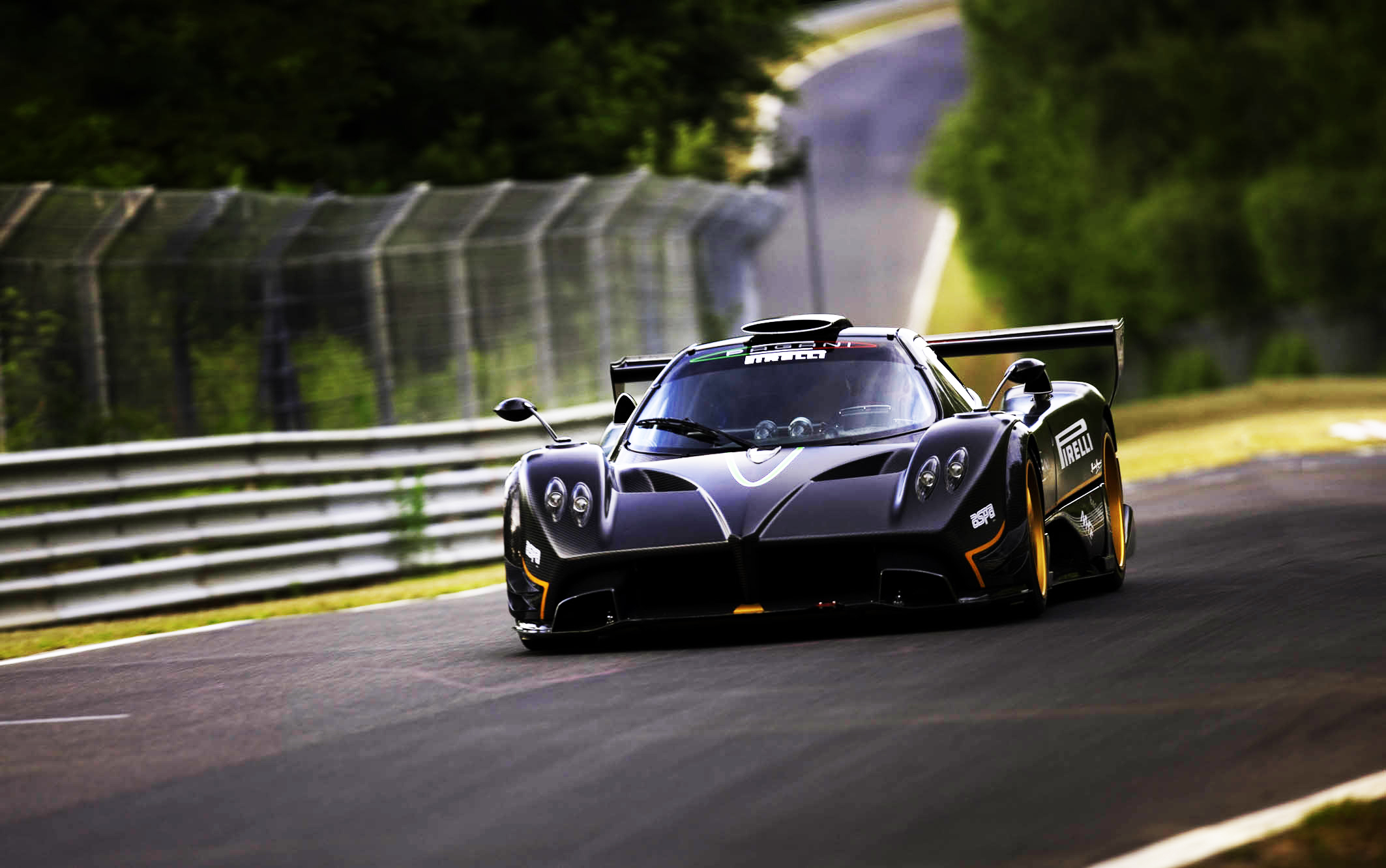 Wonderful Pagani Zonda R Wallpaper Hd 2126x1332