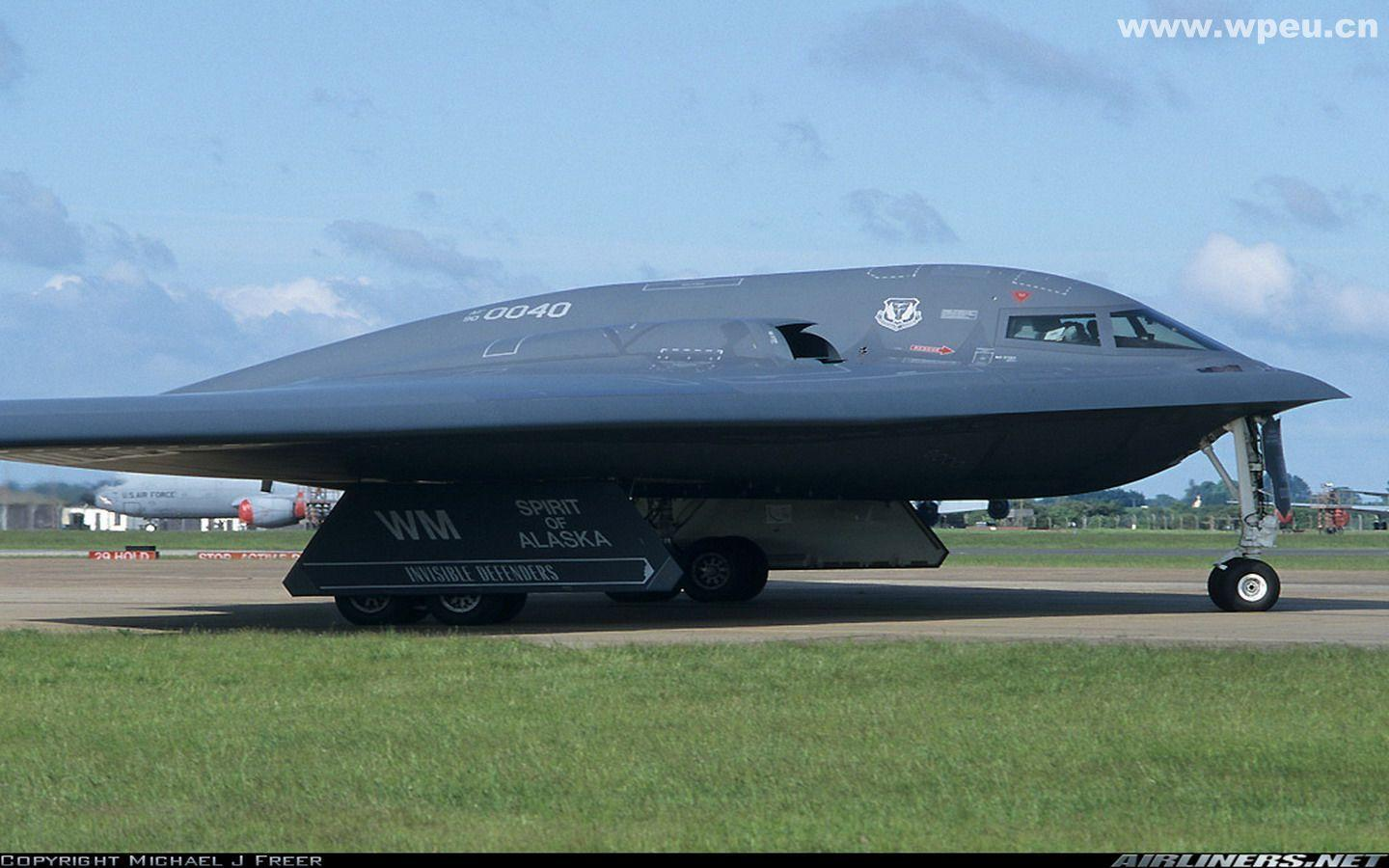 B2 Bomber Wallpapers 1440x900