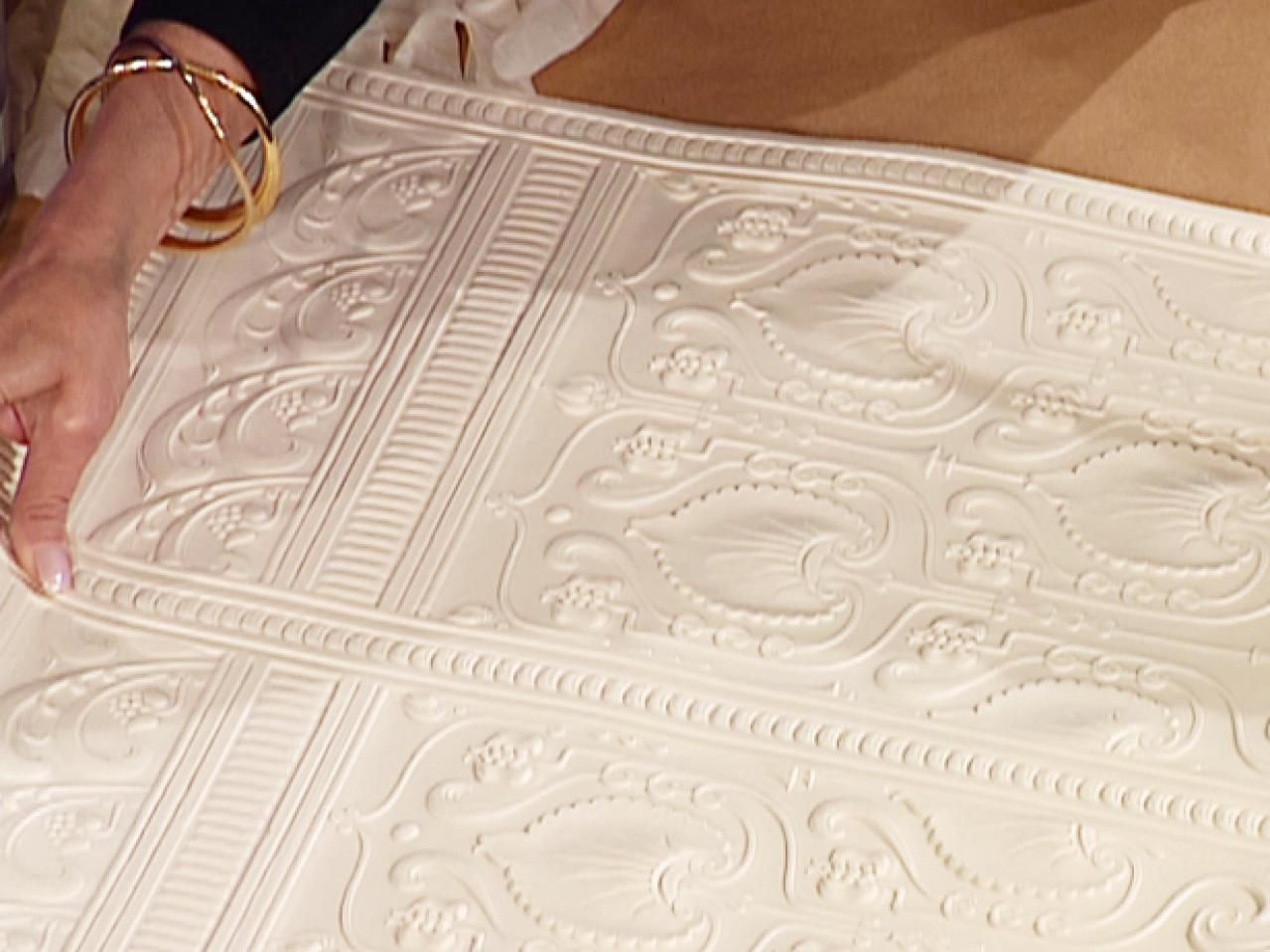 All About Embossed Wallpaper decorating Embossed wallpaper 1279x959