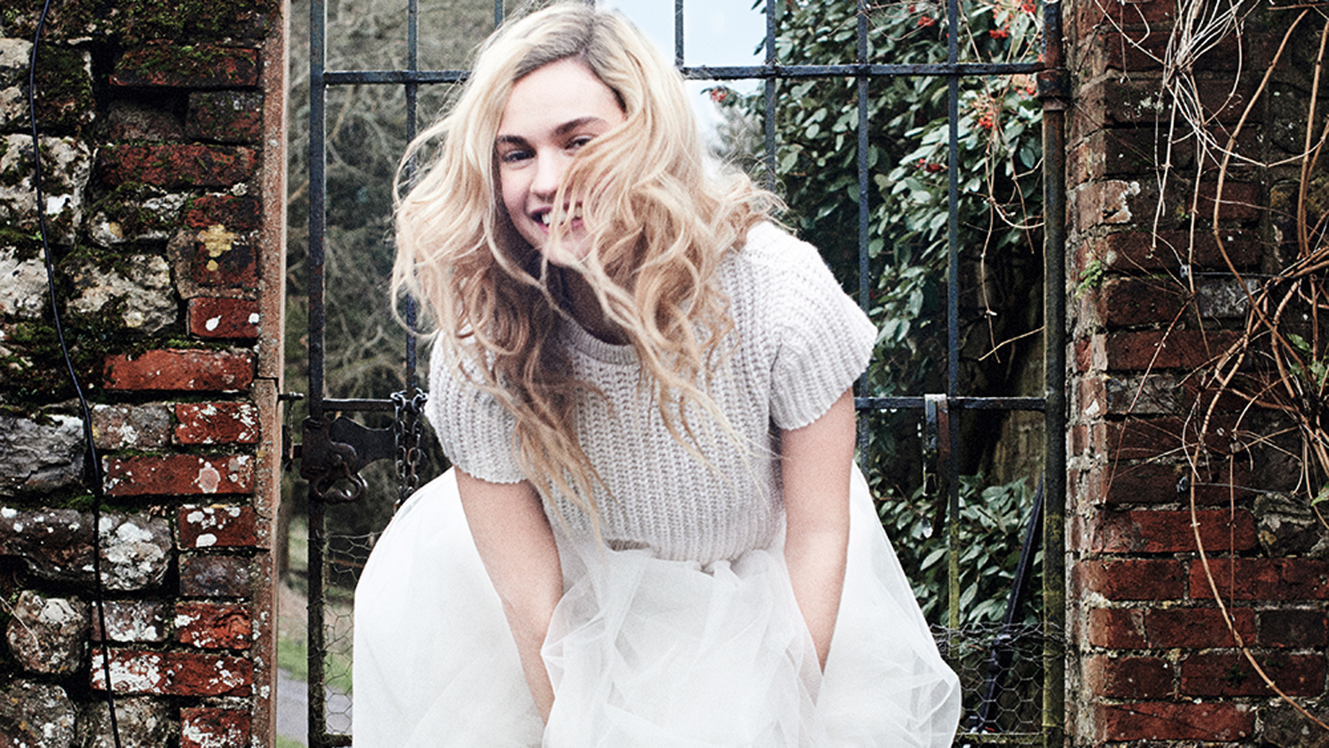 Lily James Wallpapers Lily James Photos Lily James Pics Lily James 1920x1080
