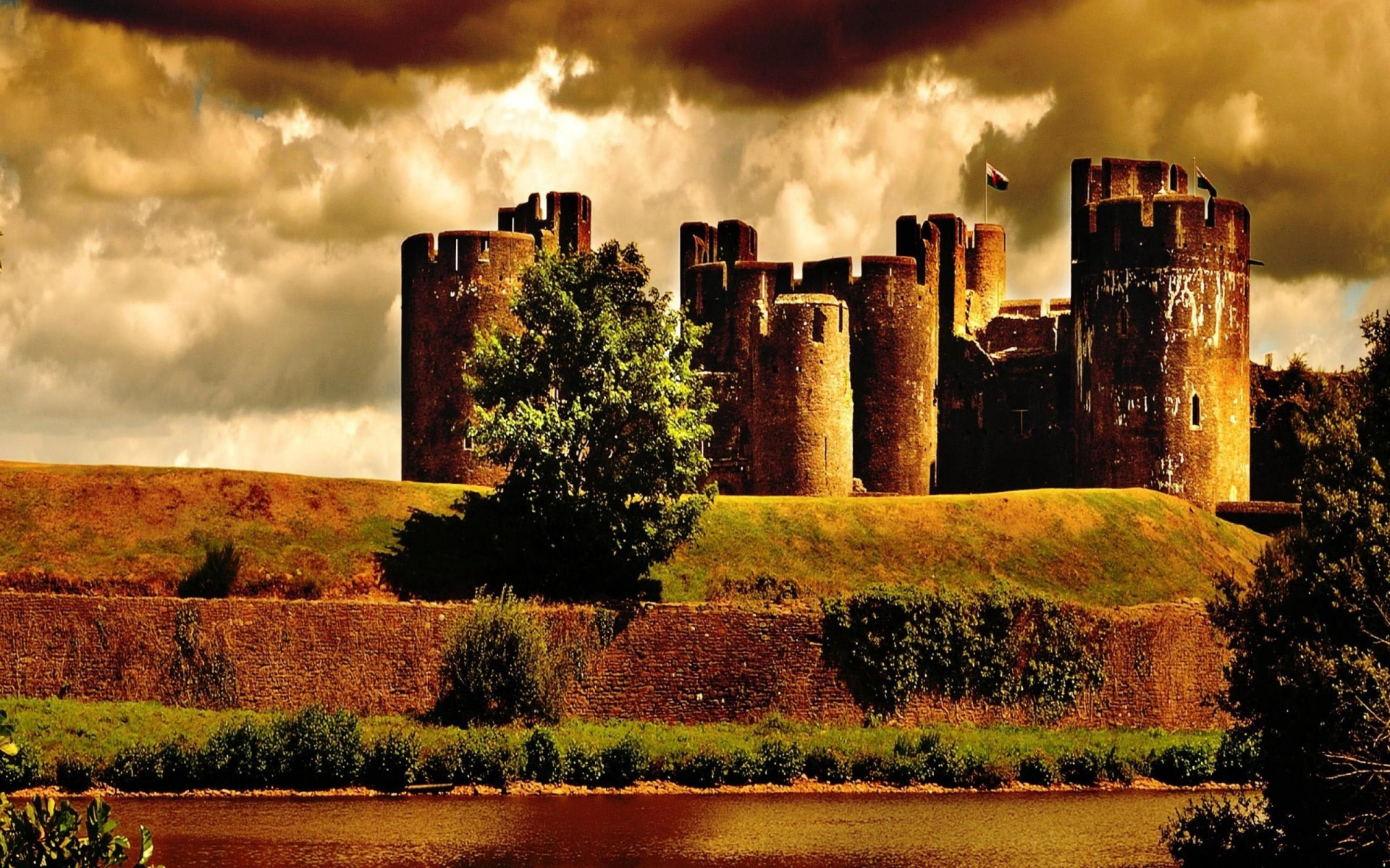 The Below Image is download Caerphilly castle united kingdom Wallpaper 1920x1200