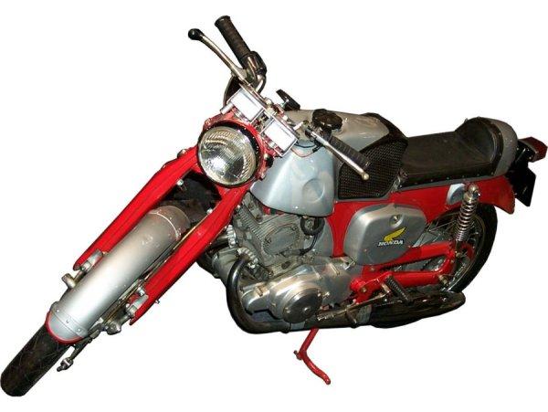 Download Honda 1000 CB 92 600x451