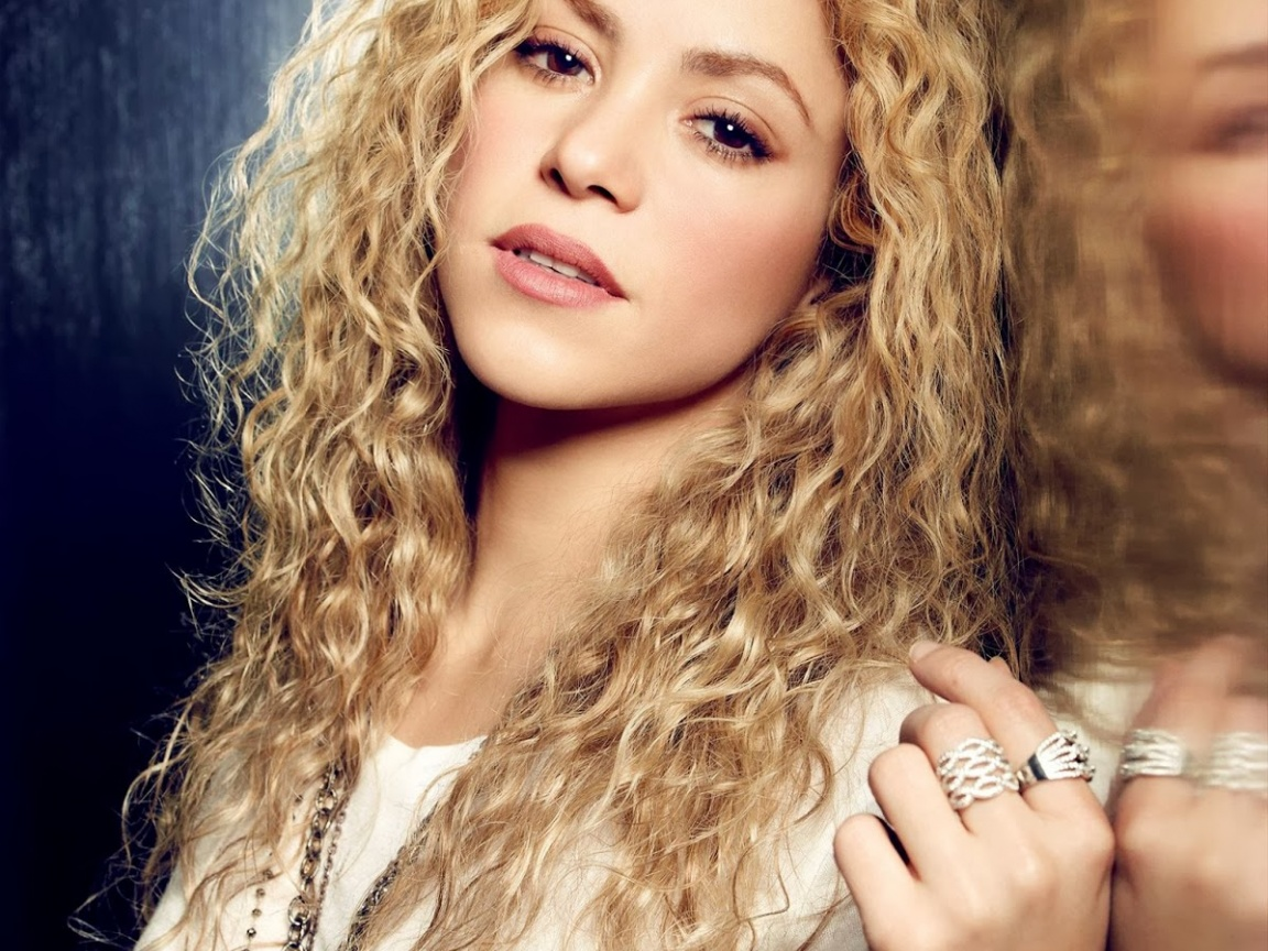 71 Shakira Hd Wallpaper On Wallpapersafari